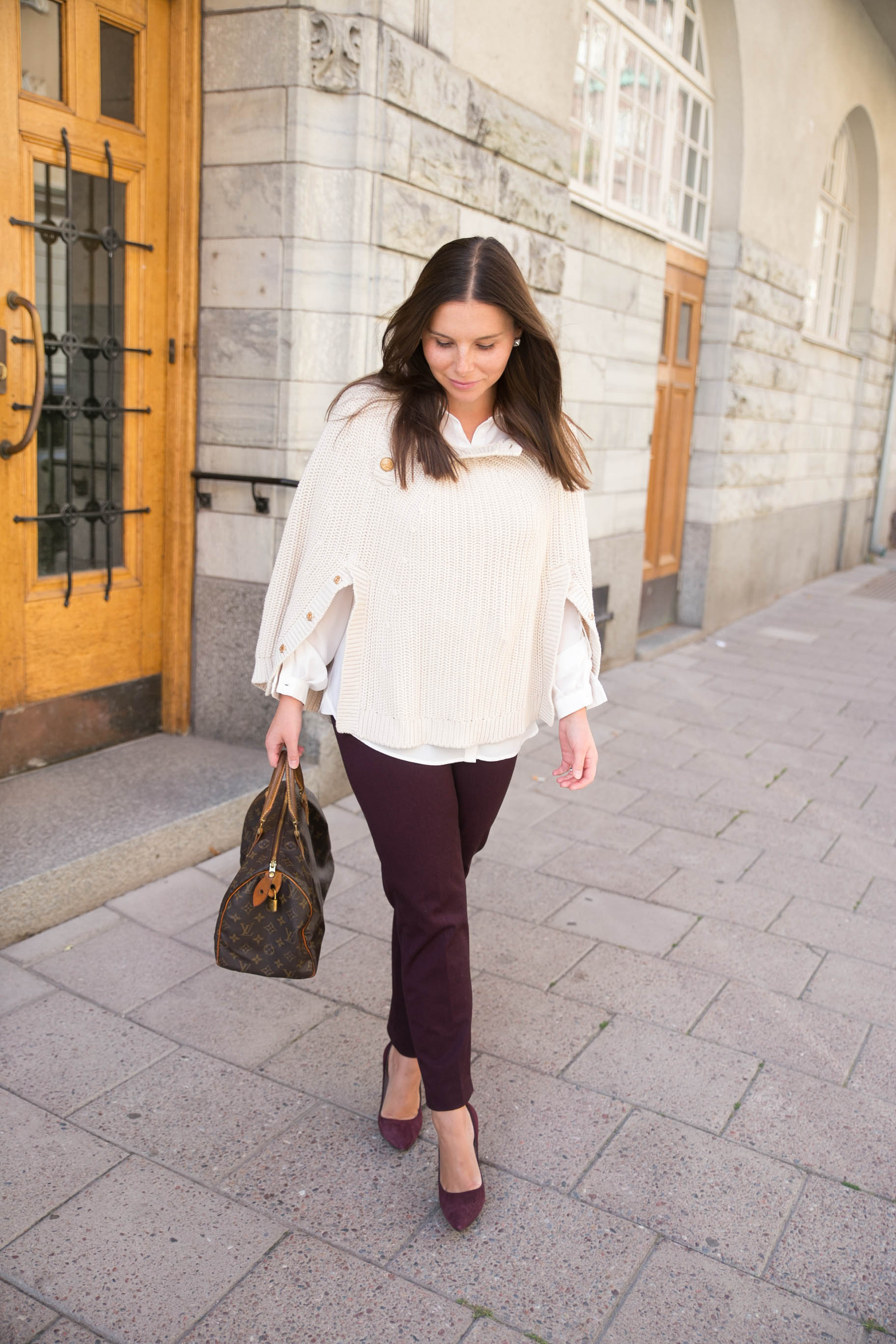 Angelicas Closet Angelica Aurell mode outfit rizzo louis vuitton poncho kate spade.jpg