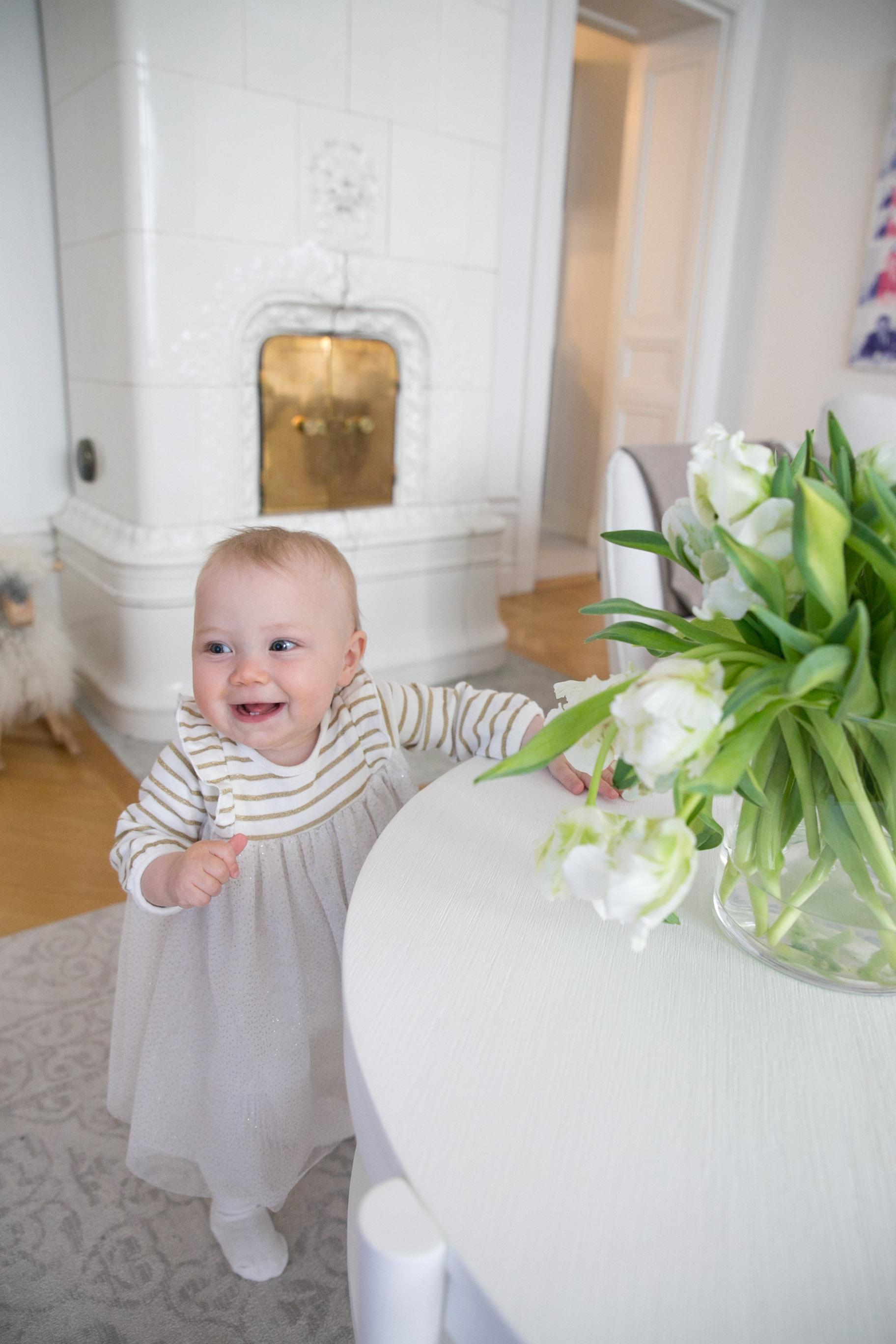 Angelica Aurell Livia bebisklader.jpg