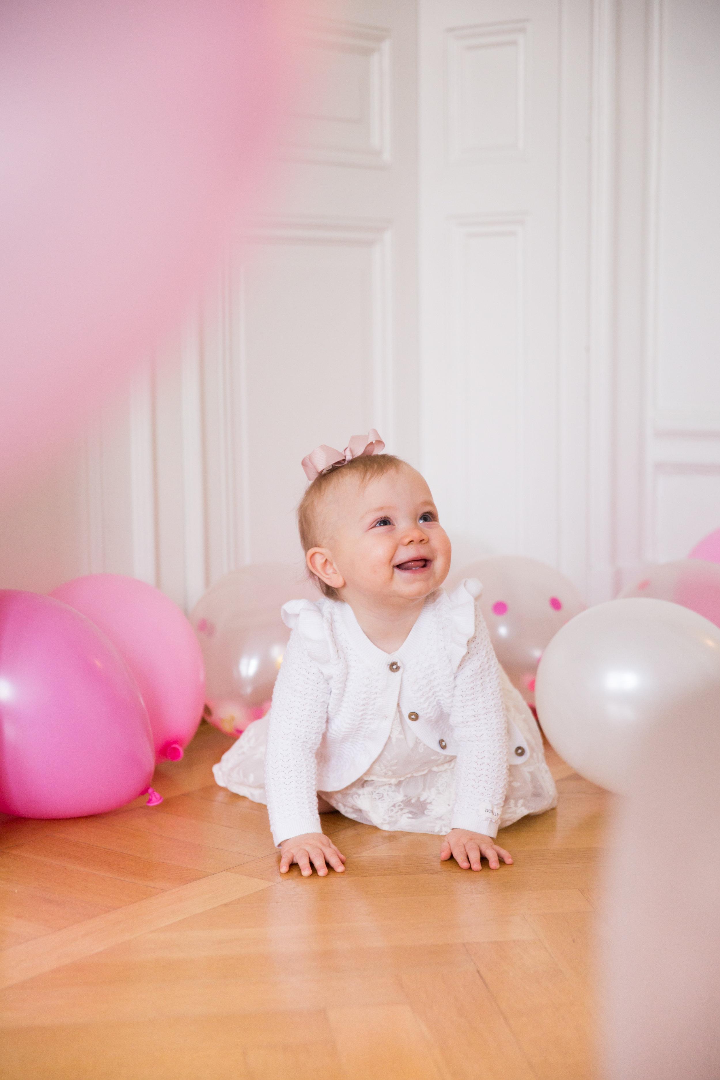 fodelsedag 1 ar bebis Angelica Aurell barn.jpg