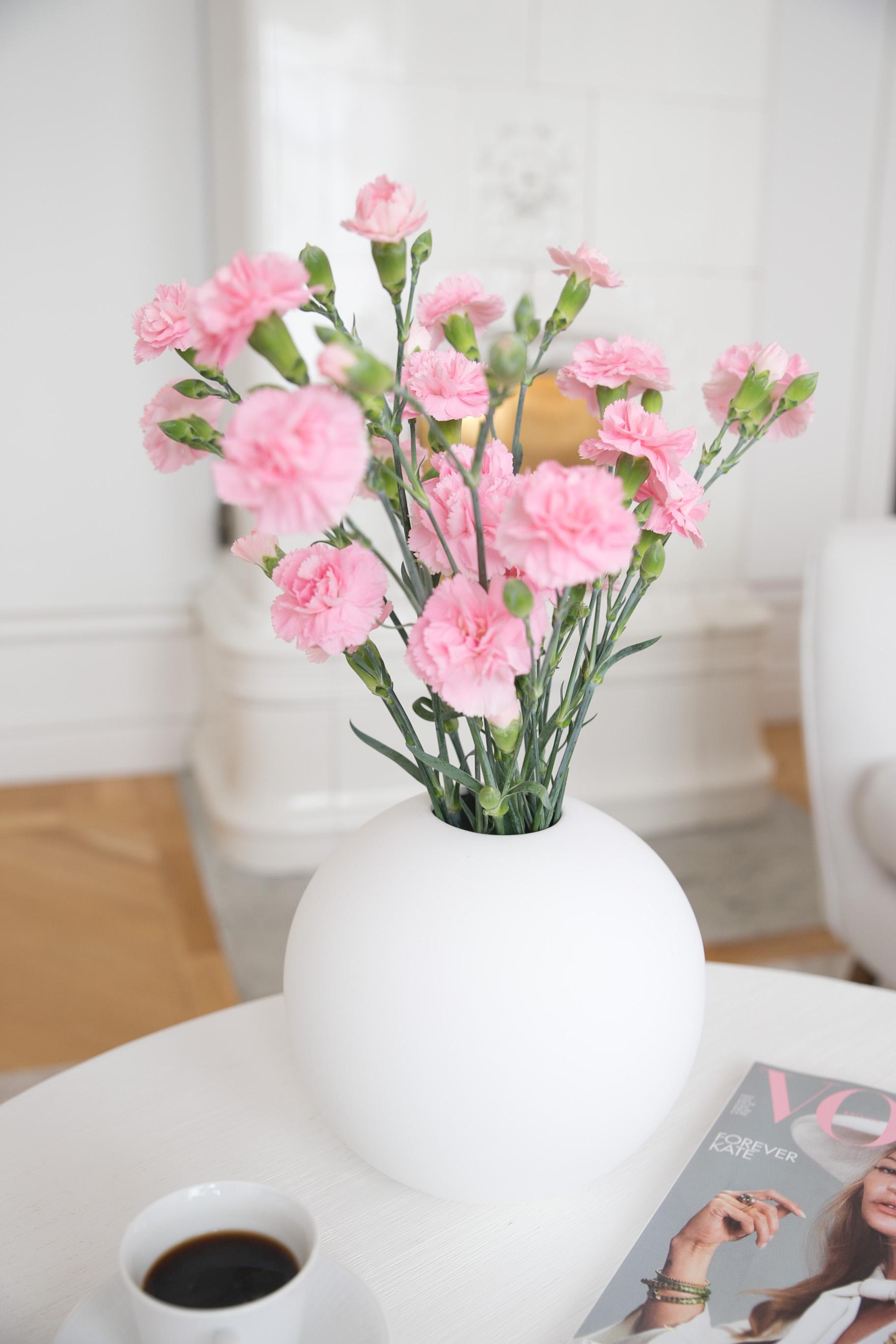 cooee design blommor vardagsrum inredning.jpg
