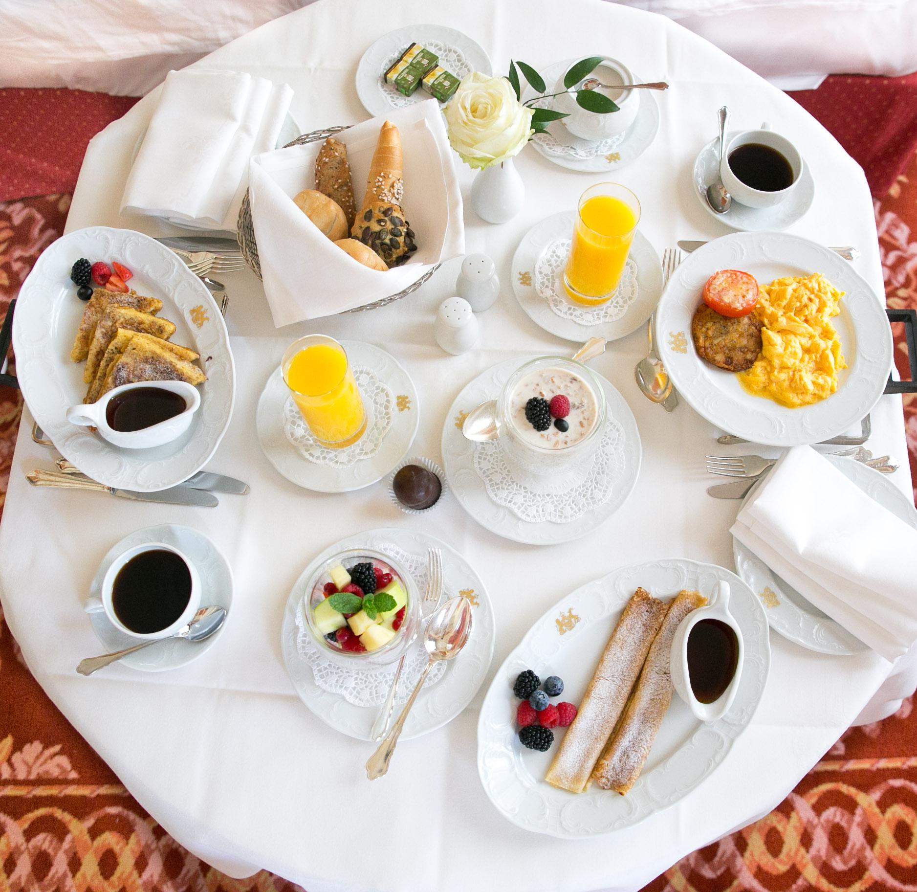 Imperial Vienna frukost.jpg