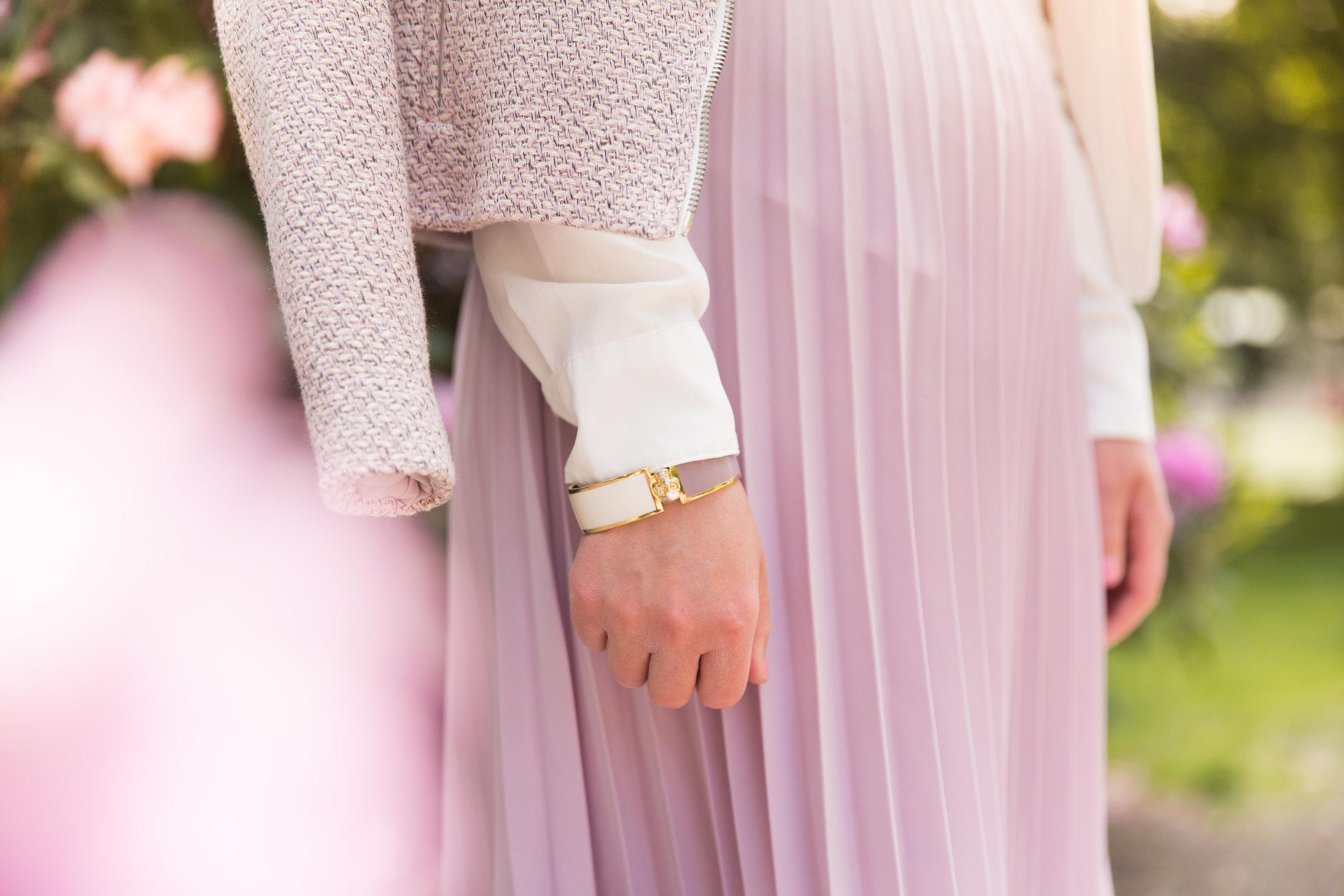 plisserad kjol Angelica Aurell.jpg