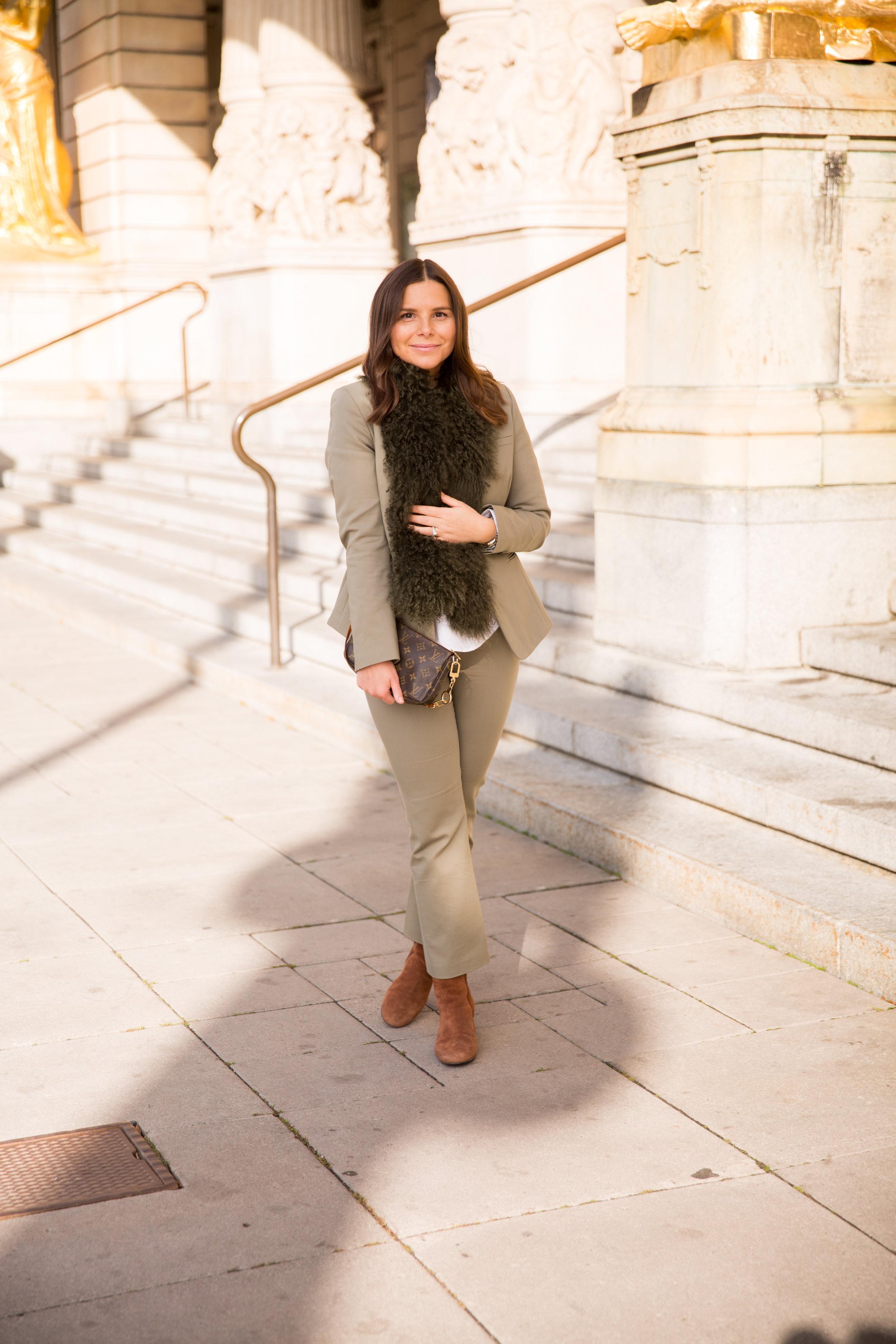 Angelica Aurell mode stil Modes Louis Vuitton pochette vaska stil.jpg