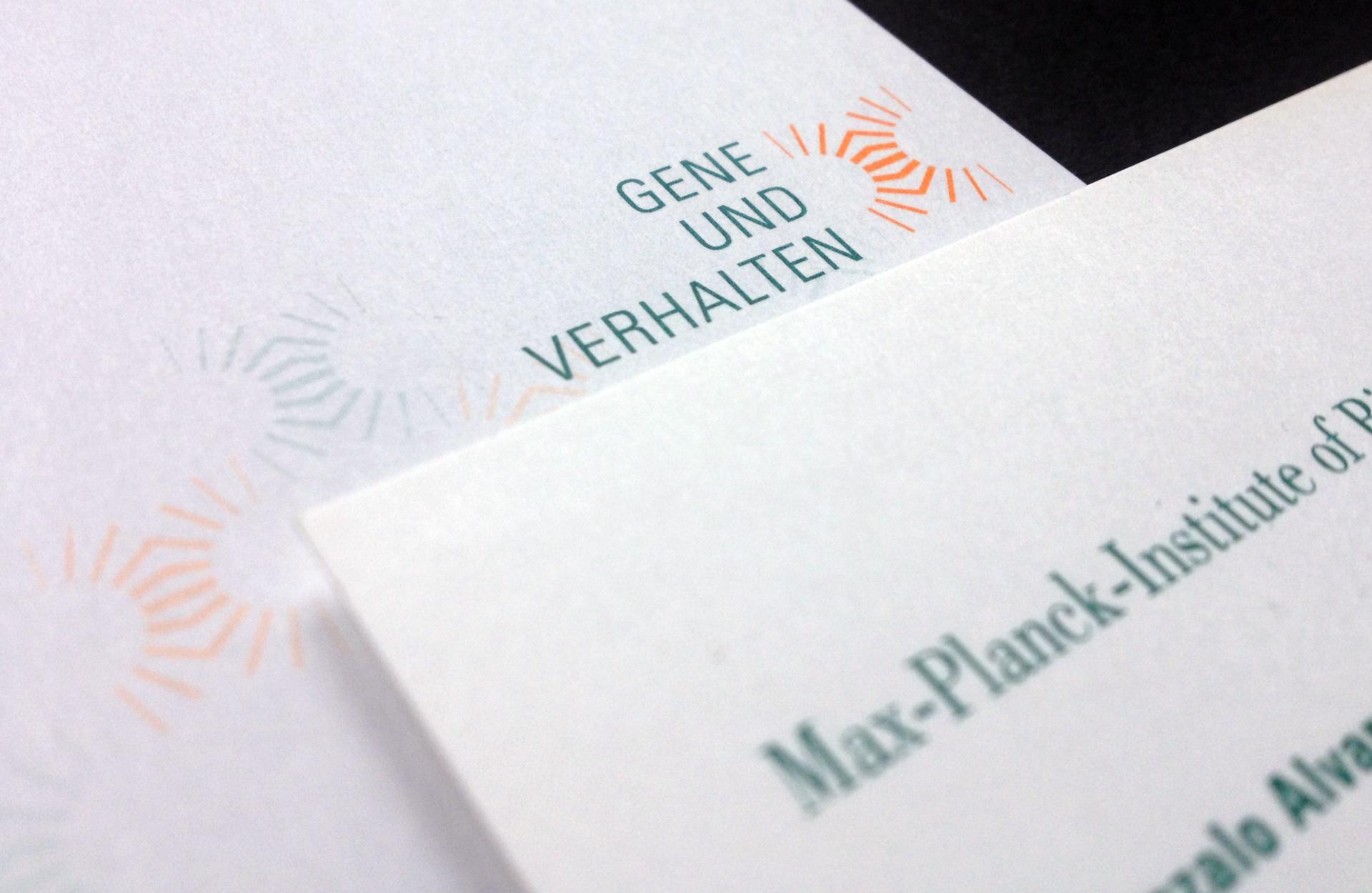 Max-Planck-Institut für biophysikalische Chemie, Abteilung Gene und Verhalten Göttingen, Wort-Bildmarke