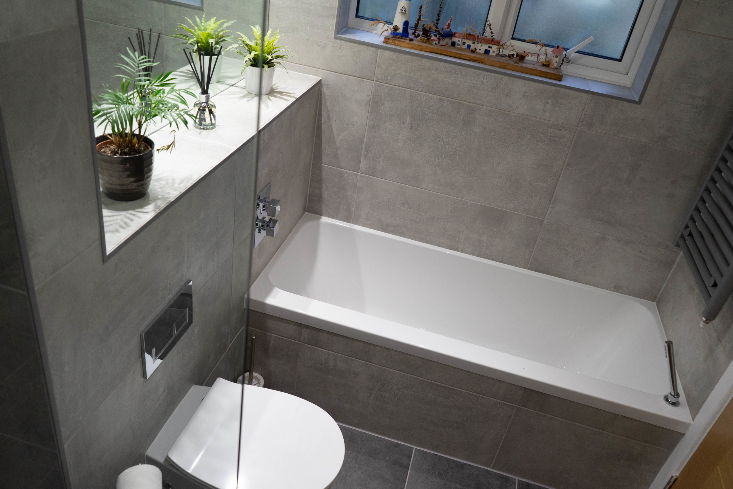 bathroom after 3.jpg