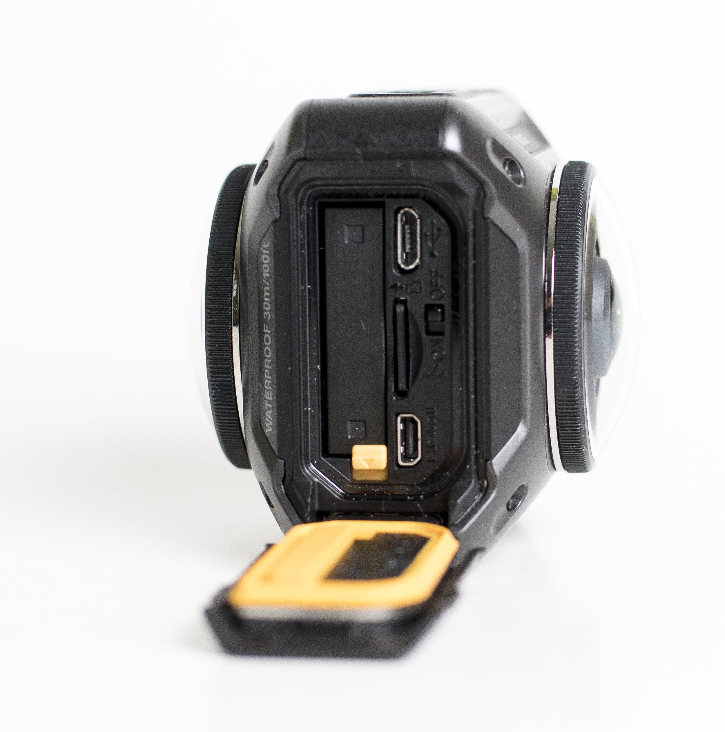 Ovan sitter knappen för att starta inspelning samt LED-indikatorer för inspelning och annat.