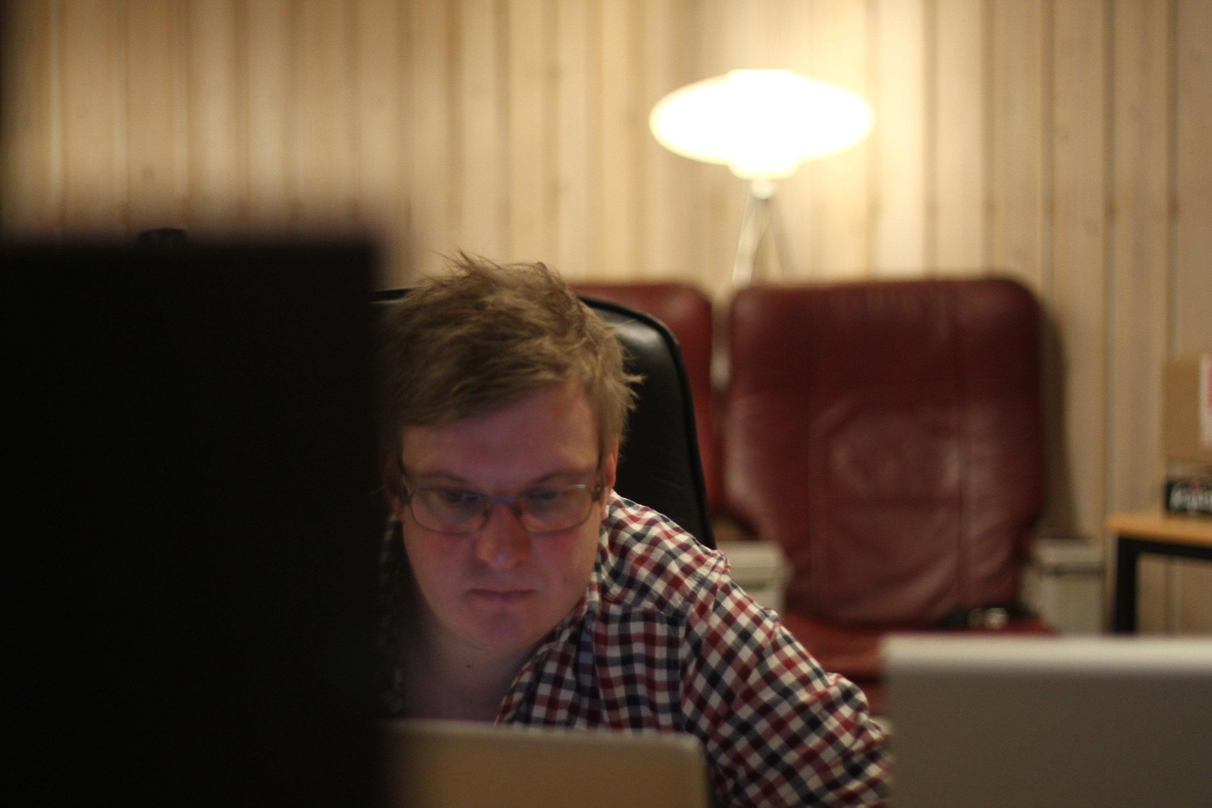 I Luleå sitter delägaren Tony Österholm och jobbar just nu bland annat med en långfilm som heter  Para Knas  producerad av Filmlance.