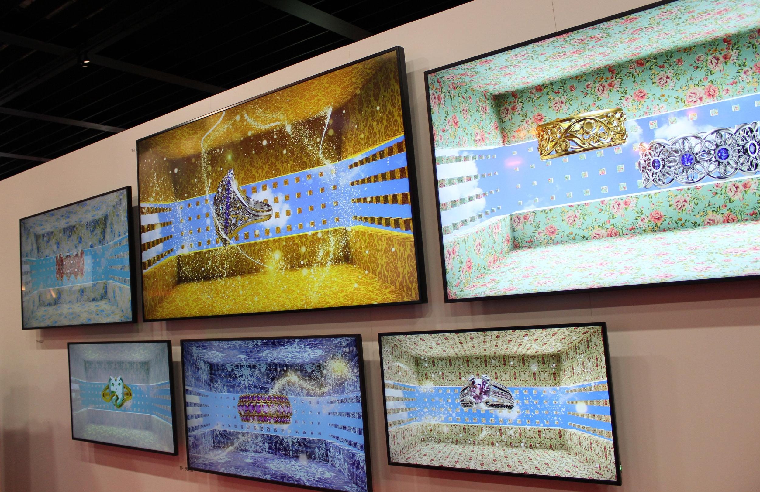 Panasonic demonstrerade sin skarpa teknologi bakom sina 4K-displayer.