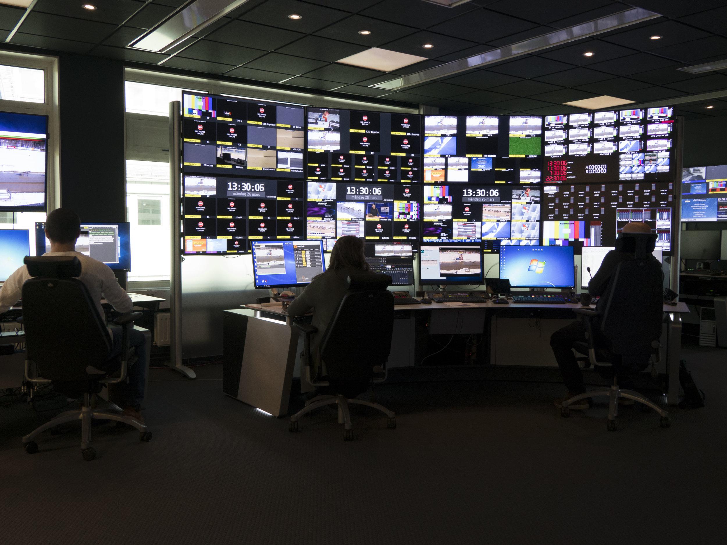 Kanal 75 har 55 anställda och samarbetar med en hel del frilansare i sina produktioner.