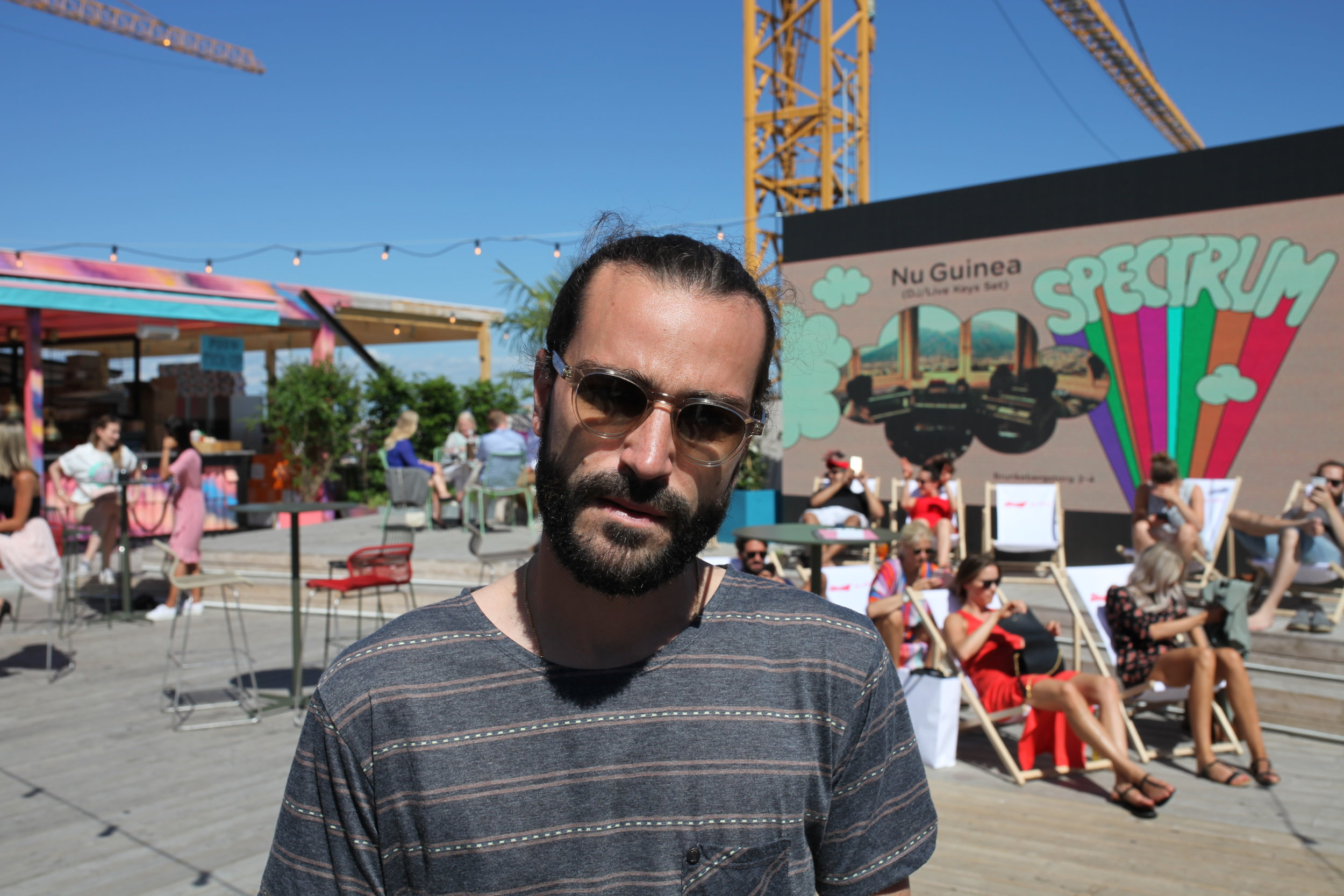 Victor Sanchéz, Music Curator på At Six.