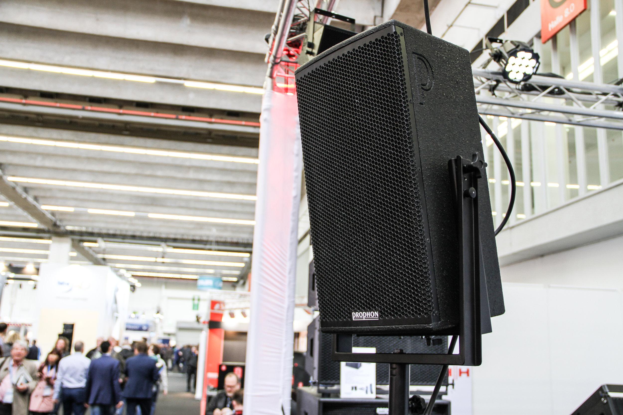 Svenska Prophon hade flera nyheter med sig. En av dessa var serien PX, som inkluderade modellerna PX28 och PX210.