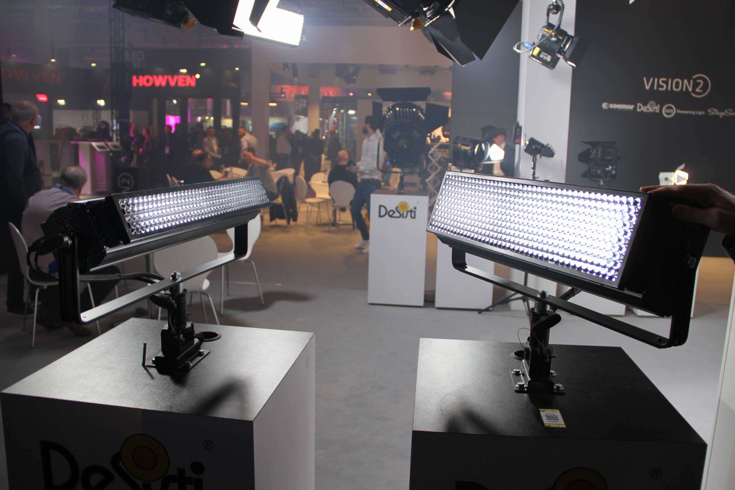 De Sisti erbjuder nu fler modeller till sin Soft LED-serie i form av 180-watts-modellen Soft LED 2XL.
