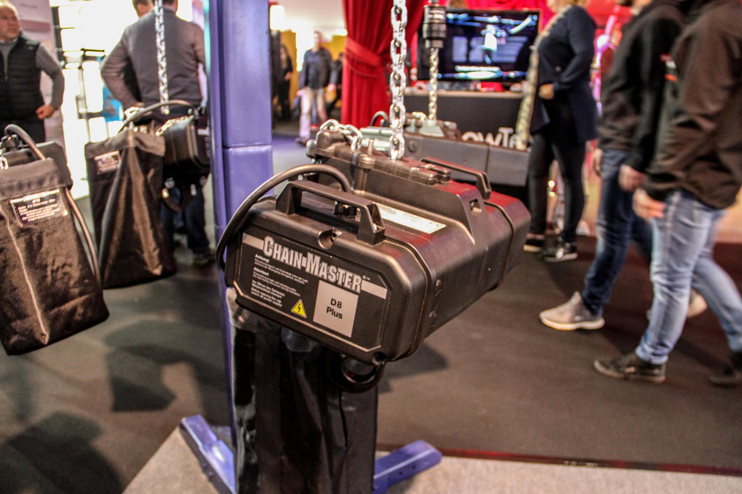 Till Chain Masters nya serie motorer i D8+ introducerade man för första gången en telfer med viktkapaciteten 750 kilogram. Kompakt och lätt, dessutom.