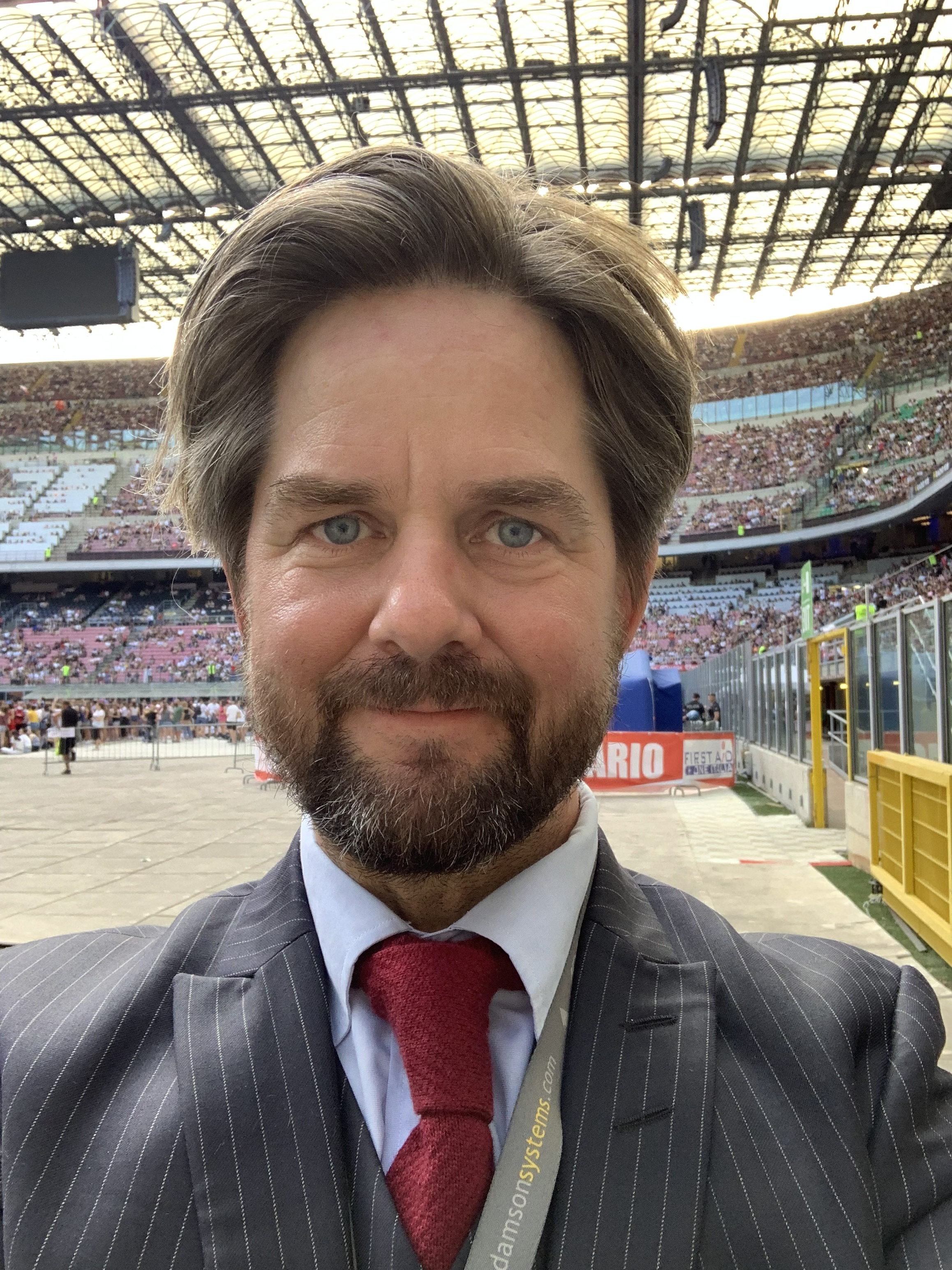 Oscar Söderlund från Parashoot har jobbat med mässan tidigare och varit leverantör till dem i fem till sex år.