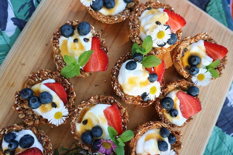granola tart 1.2.jpg