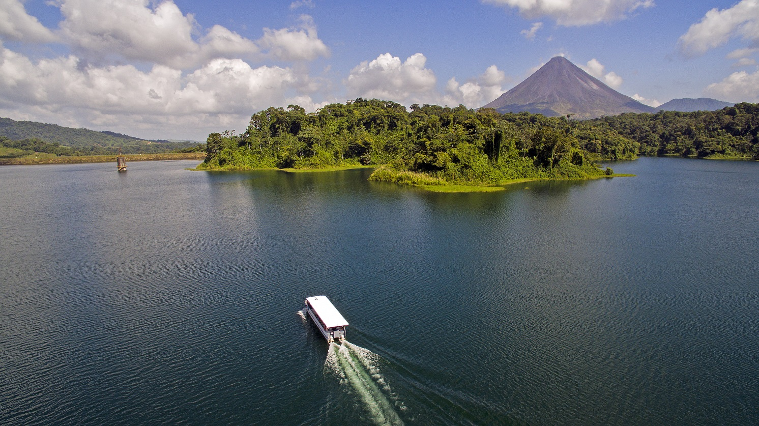 Explore Costa Rica's Natural Beauty