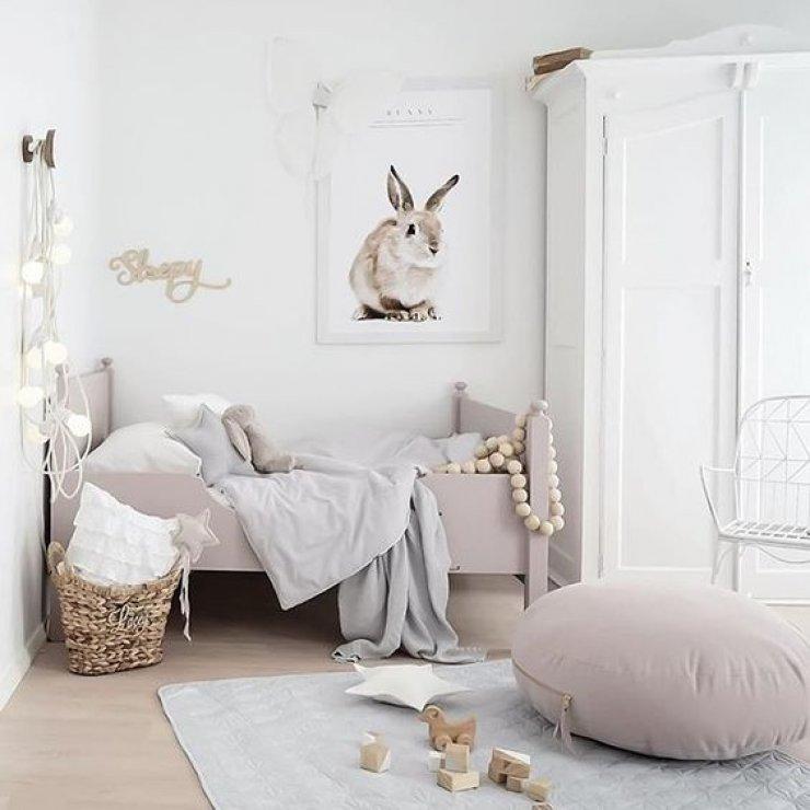 pastelgirlroom.jpg