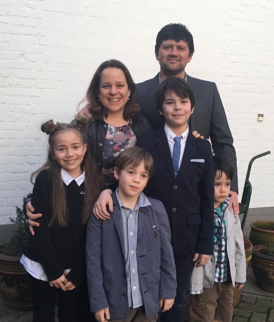 Family pic Feb 2019 best.jpg