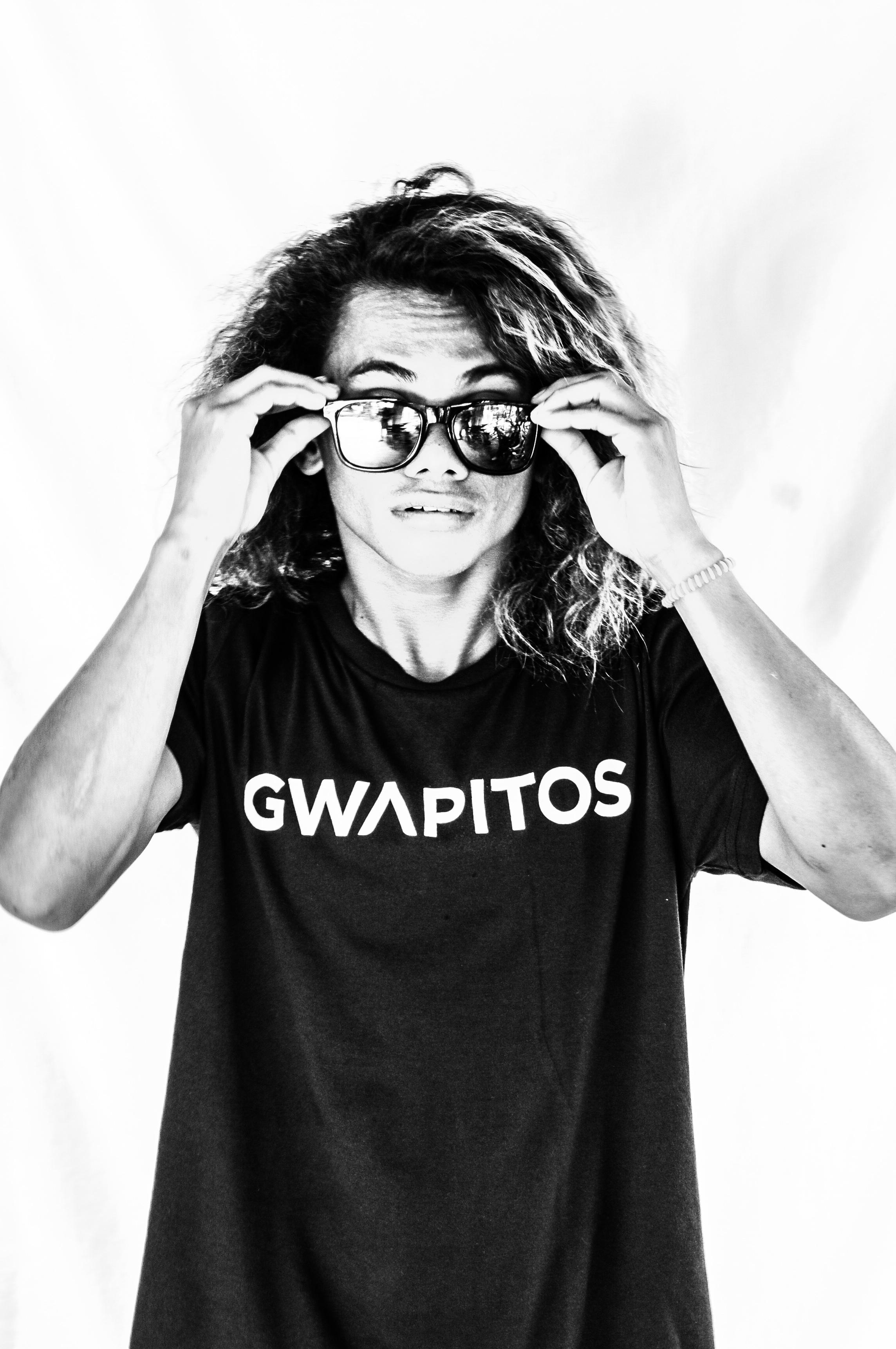MARAMA  -Gwapito and Surf instructor