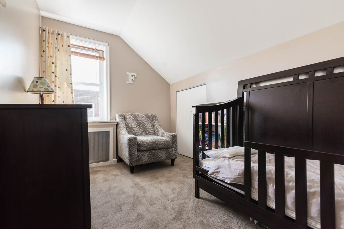 Philadelphia new listing | real estate photographer bedroom