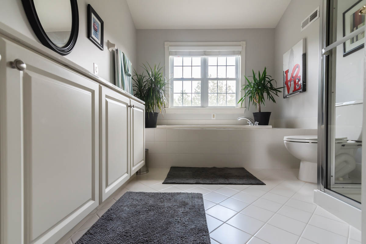 north Wales real estate photographer bathroom one
