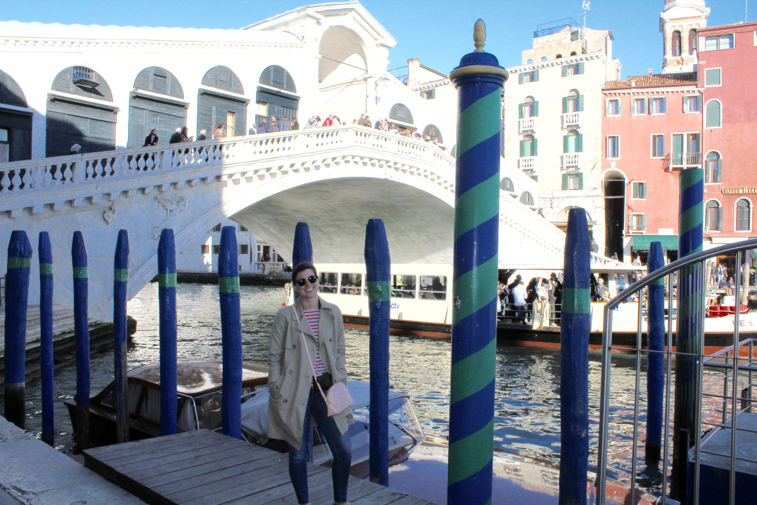 The famous Rialto Bridge, filled with store fronts and merchants