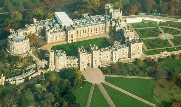 Windsor-Castle-881811 2.jpg