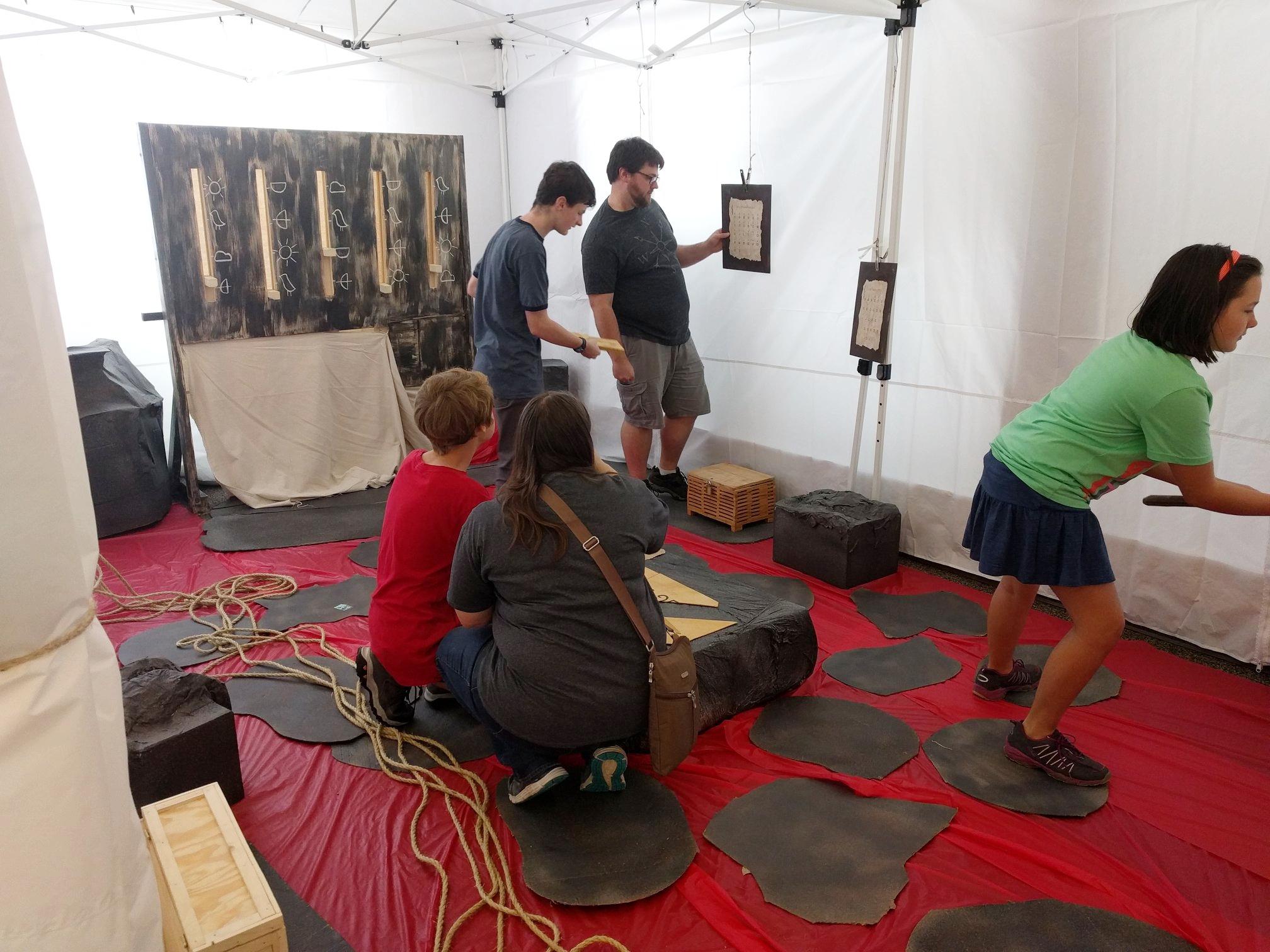 escape rooms Bloomington IN team-building family fun