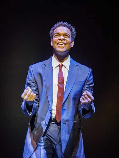Motown-The-Musical-9-03-18-Shaftesbury-666-RT-Jay-Perry-as-Berry-Gordy-min_opt.jpg