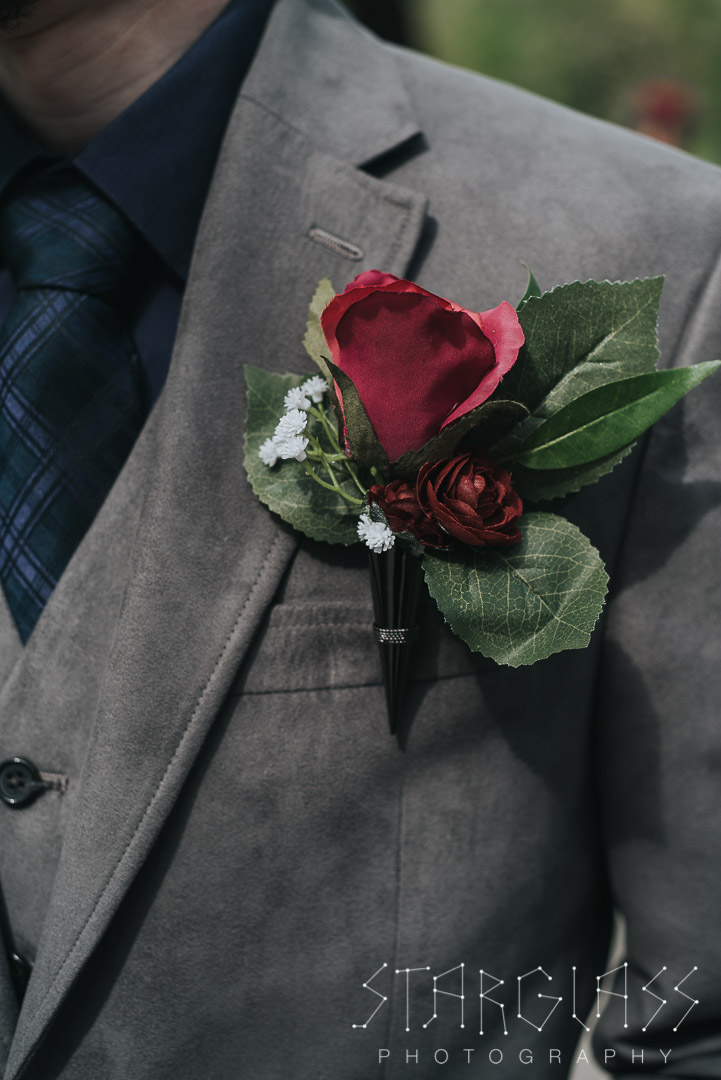 Photo of groom's boutonniere.