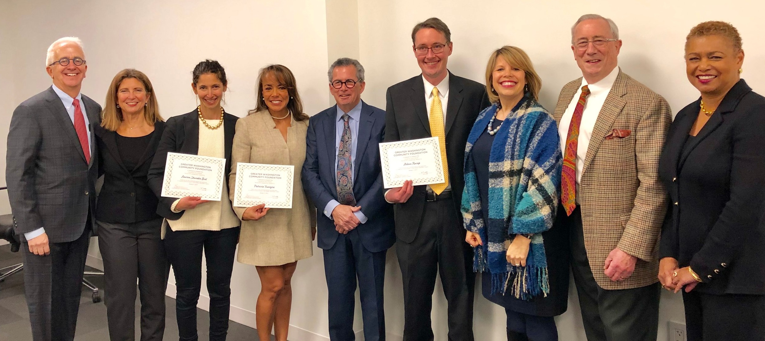 Our new awardees with members of the selection committee. From left to right: Alex Orfinger, Diane Tipton, Lauren Shweder Biel, Patricia Funegra, David Bradt, Adam Rocap, Lidia Soto-Harmon, Lyles Carr, and Tamara Copeland.