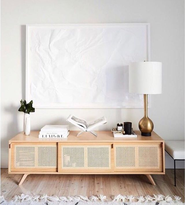 Quiet Simplicity ✨ Design by @Hayley bonham . . . . . #interiordesign #interiordesigner #rattan #modern #interiorstyling #interiorfurnishings #scandinaviandesign