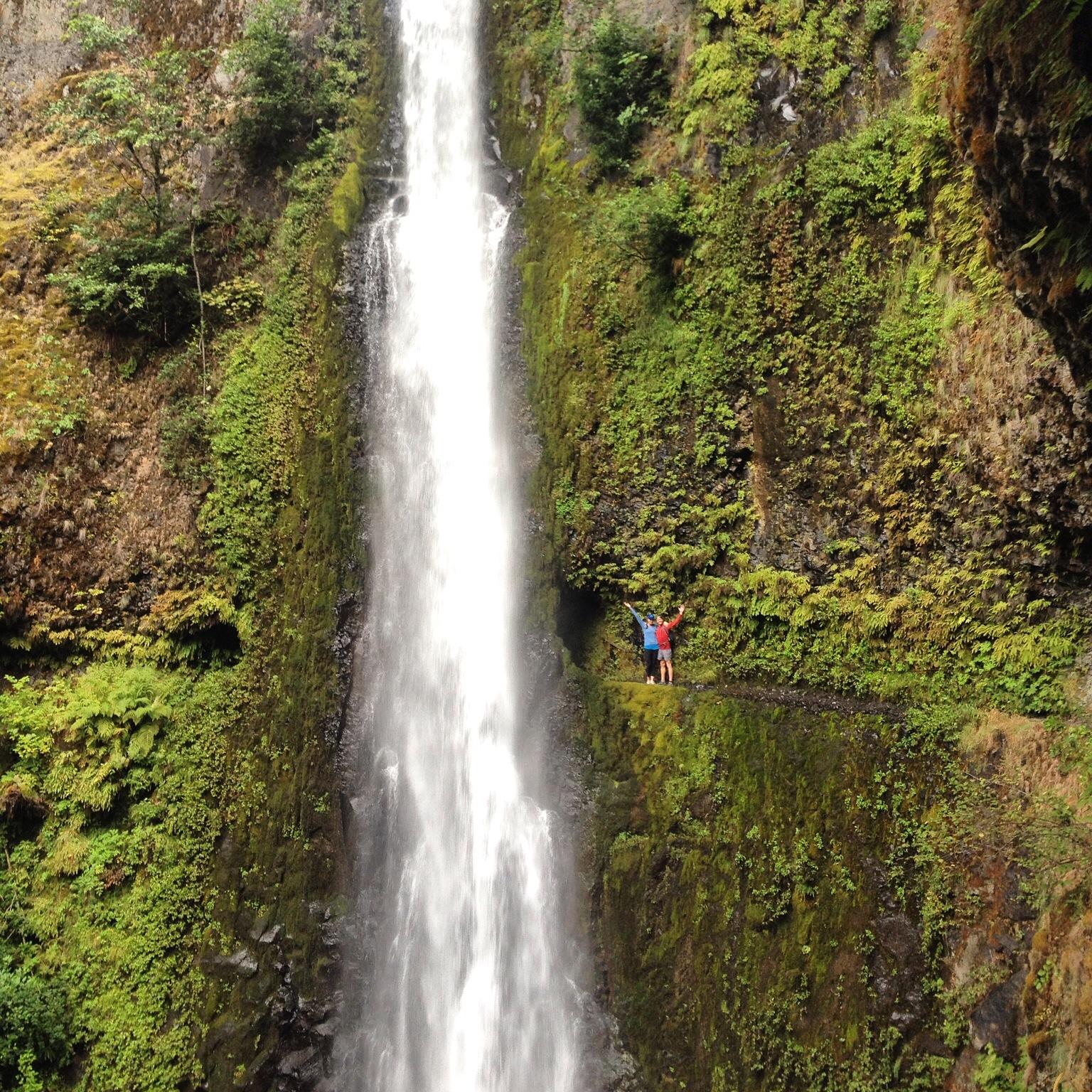 Trail run to Tunnel Falls, Hood River Fall