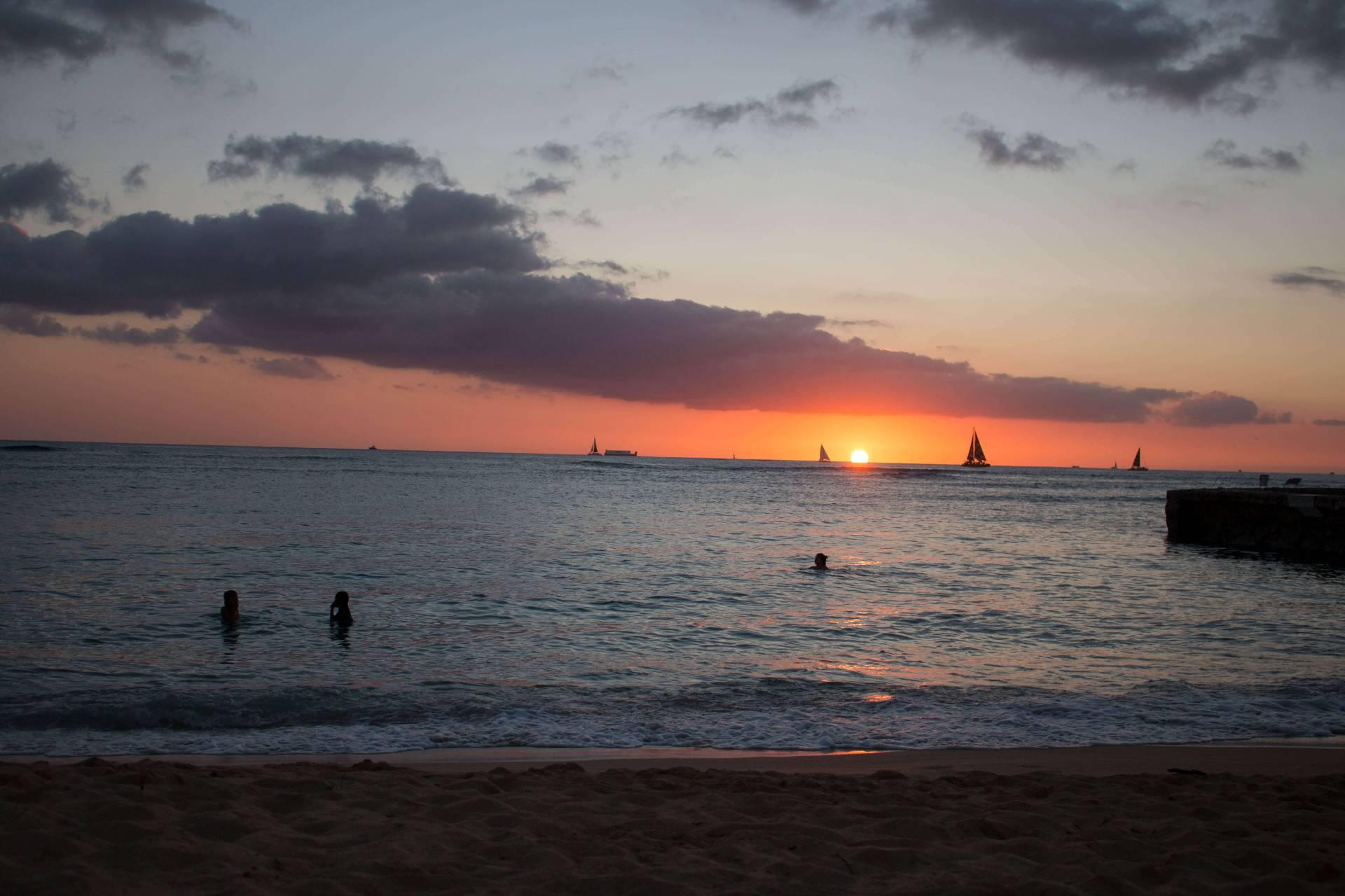 Catching the sunset from Kaimana's Beach, Oahu Hawaii
