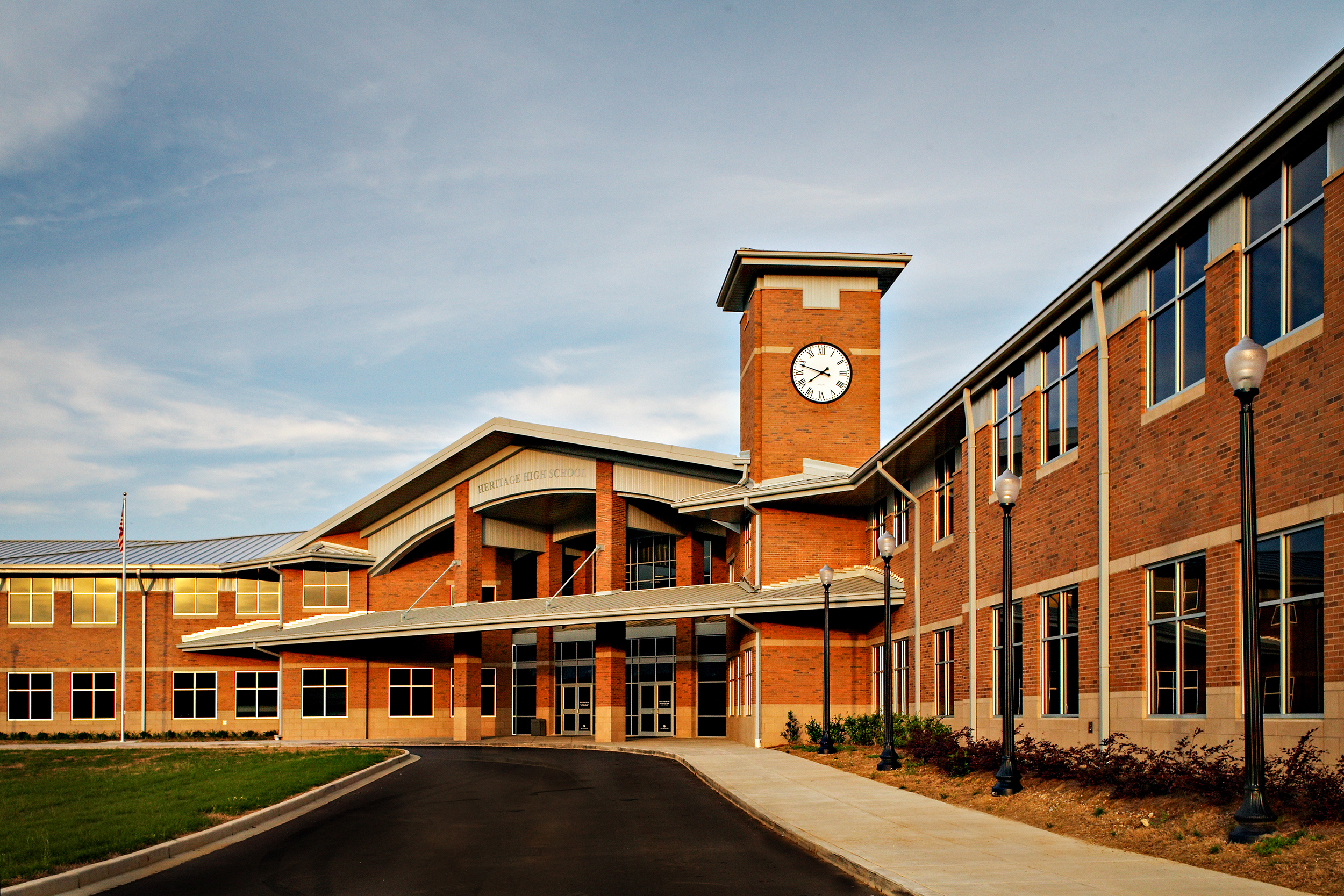 Heritage High School   This 250,000 sf comprehensive high school is designed to address the growing enrollment of the Catoosa County Schools.   The overall campus includes a 3,000 seat football/track stadium, soccer, baseball and softball stadiums, as well as tennis courts.