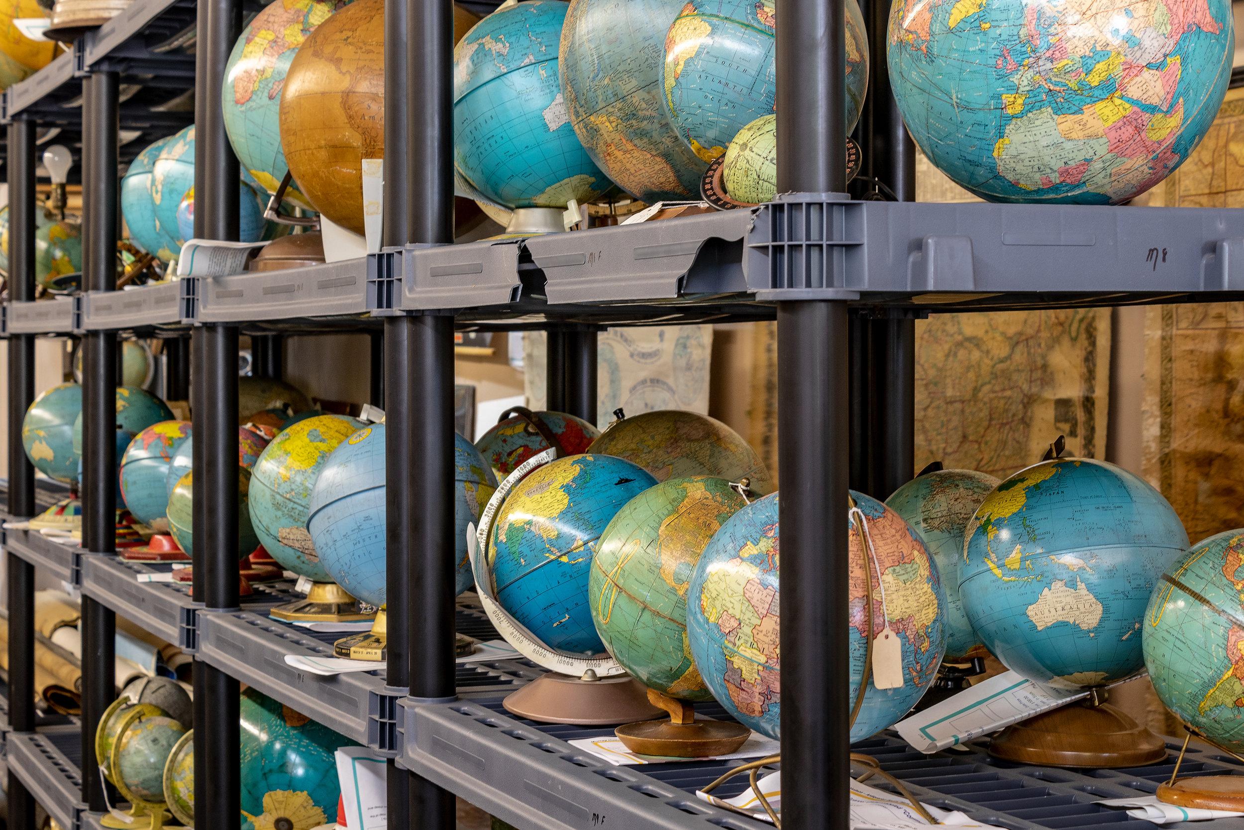 Globes0031.jpg