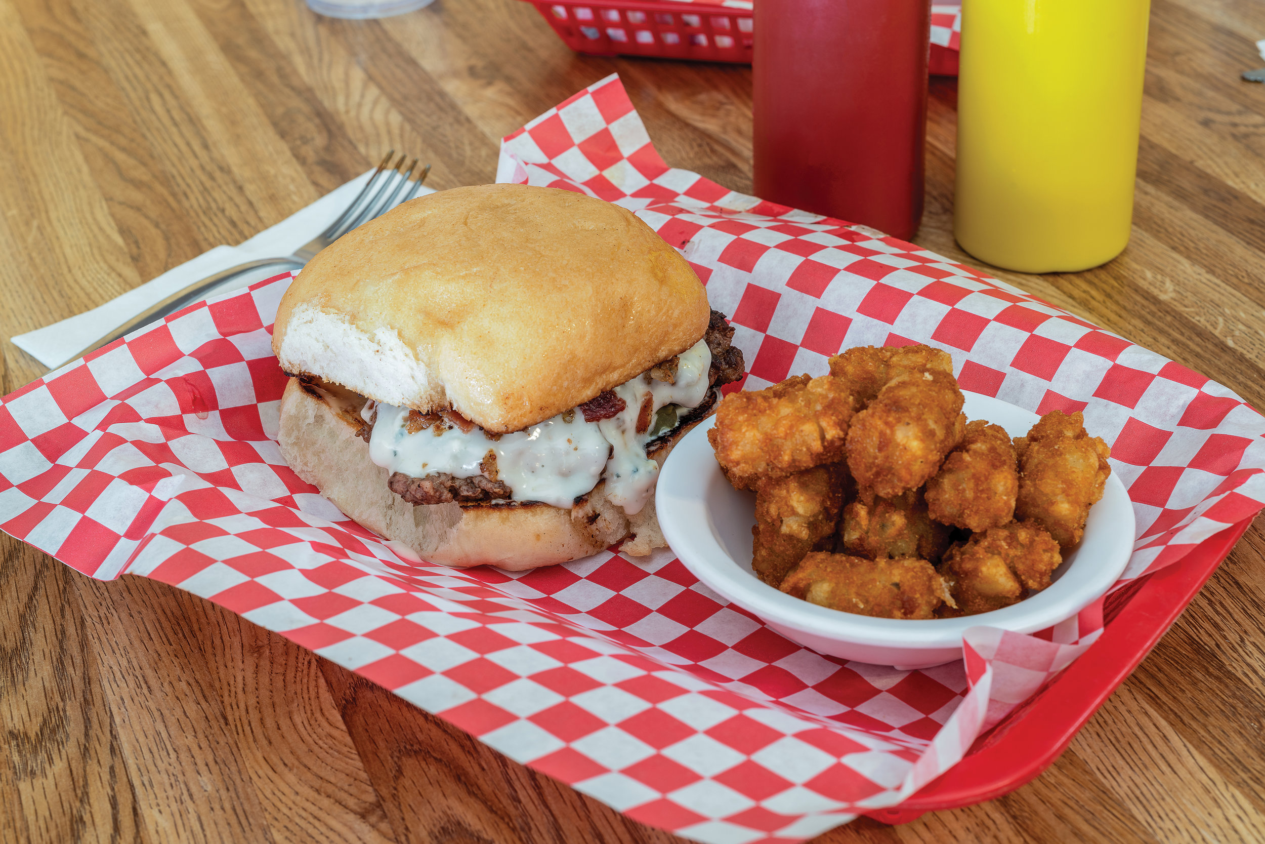 Bacon and Bleu cheeseburger with tater tots