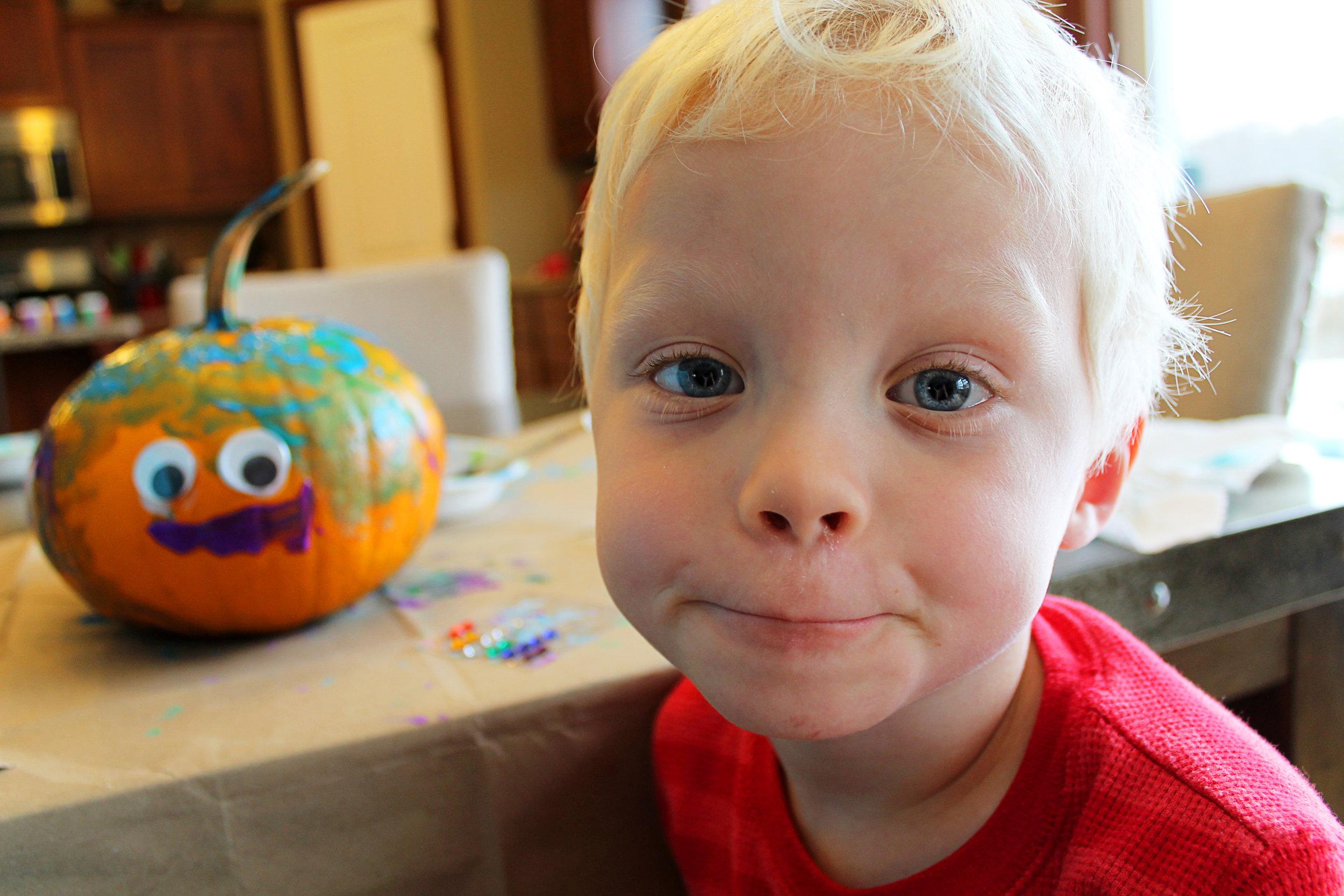 2017 10 28 Caden Pumpkin 02.jpg