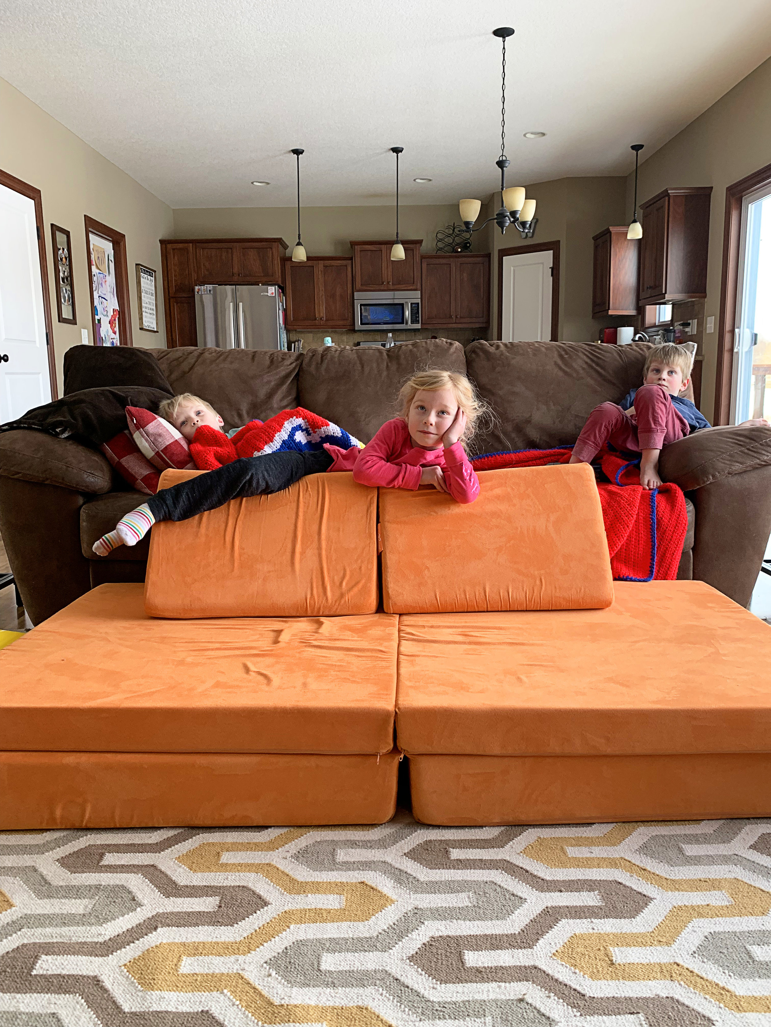 2018 01 31 All Couch 01.jpg