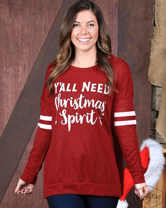 HURRY and grab your favorite Christmas top! We have lots of fun ones to choose from! 🎄🎅🏼❤️ Link in bio. #freeshipping #christmasspirit #christmasstyle
