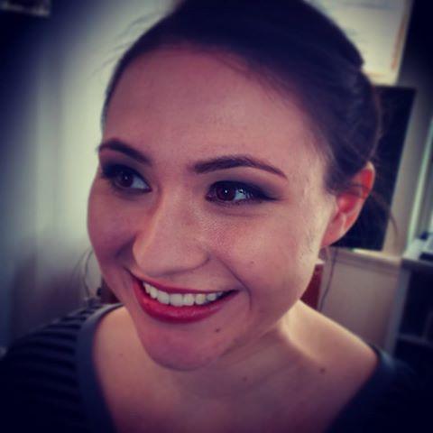 It's always wonderful to see @jenniferlenius. Makeup by V. VanderKolk