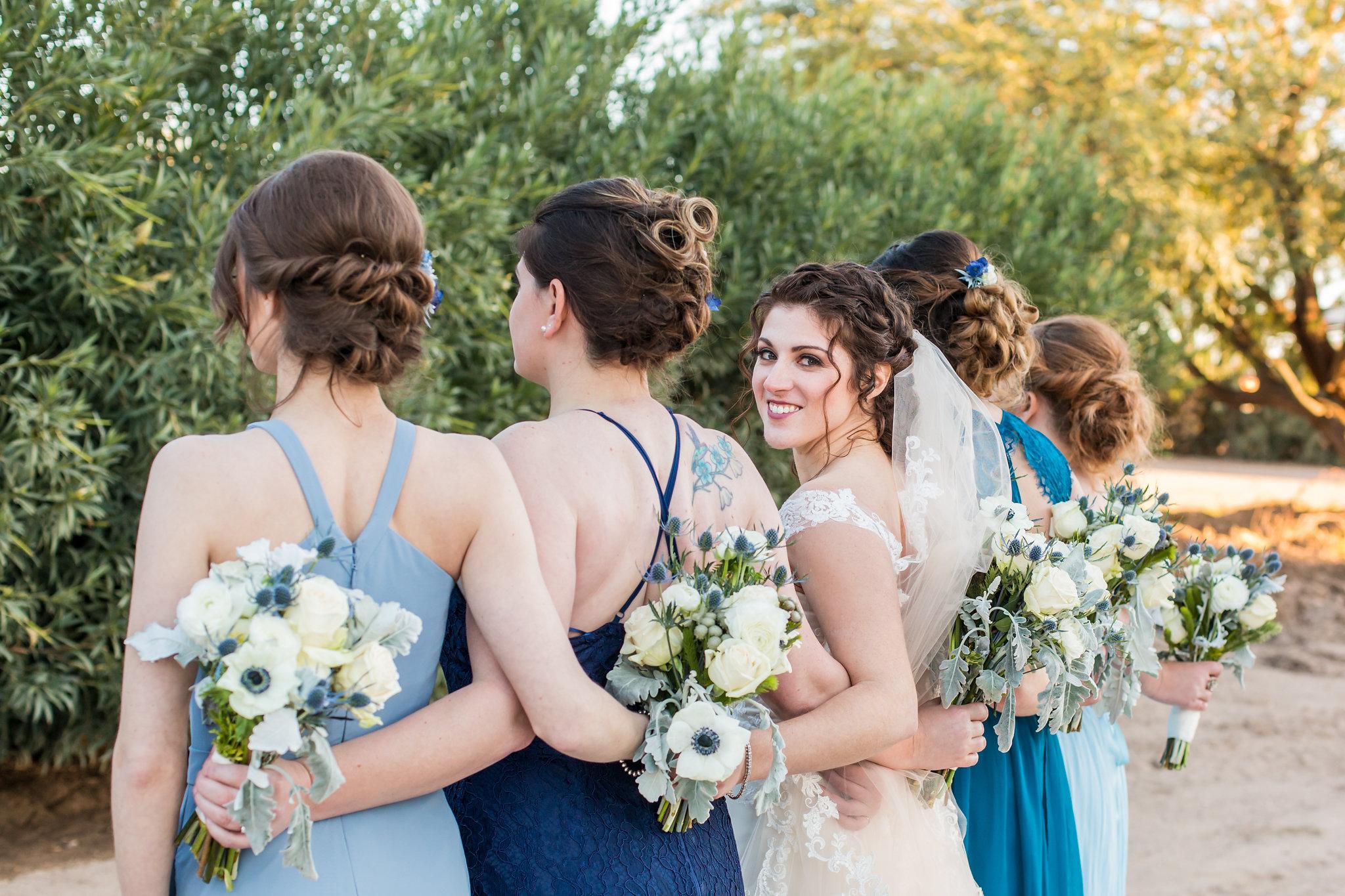WeddingParty-059.jpg