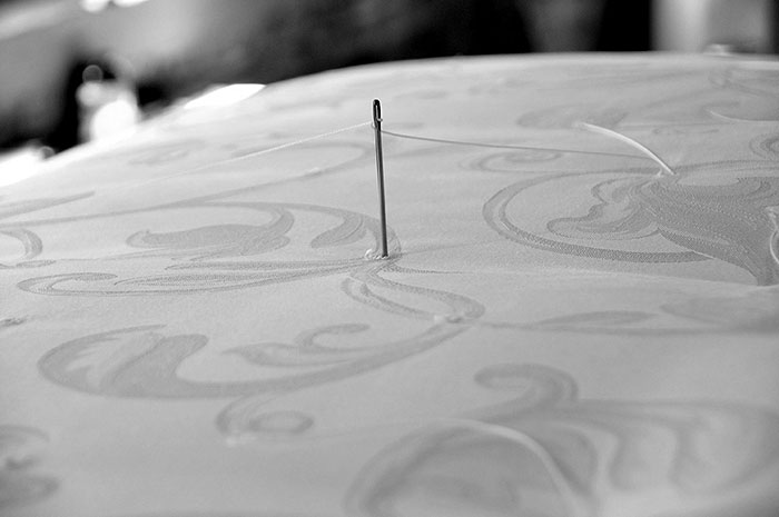 needle-bw.jpg