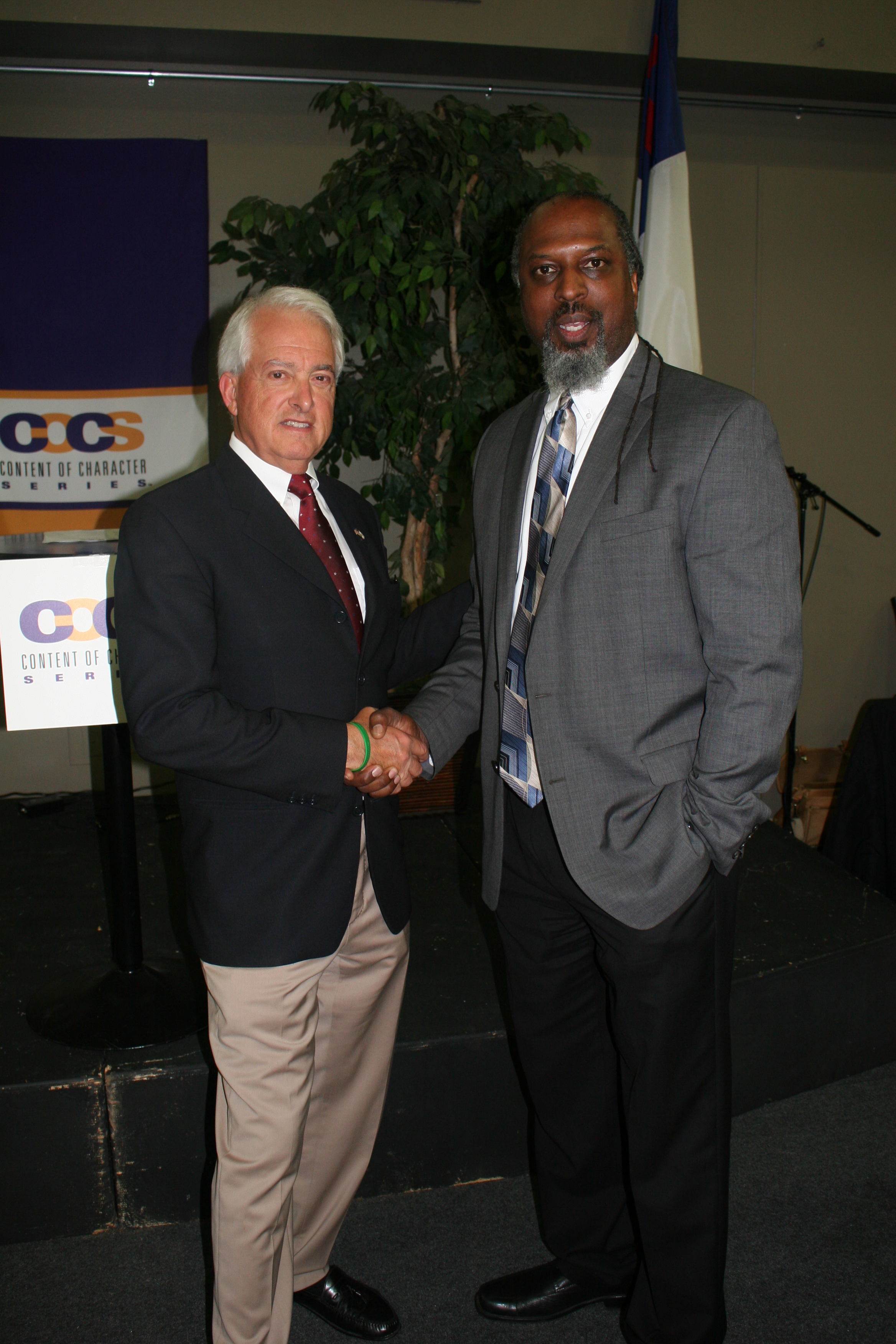 John Cox and Dumisani Washington.JPG