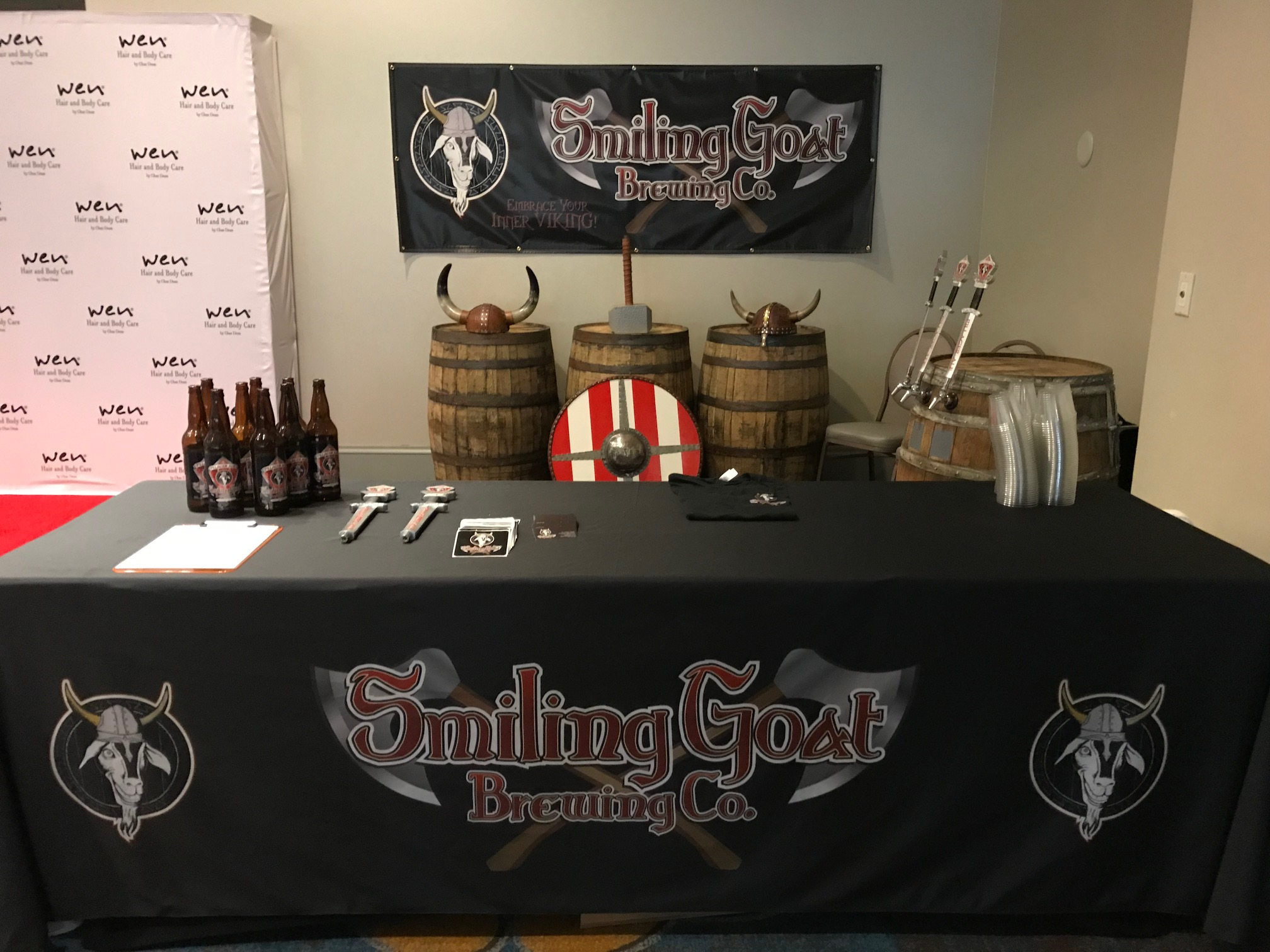smiling goat  banner and table cloth.jpeg