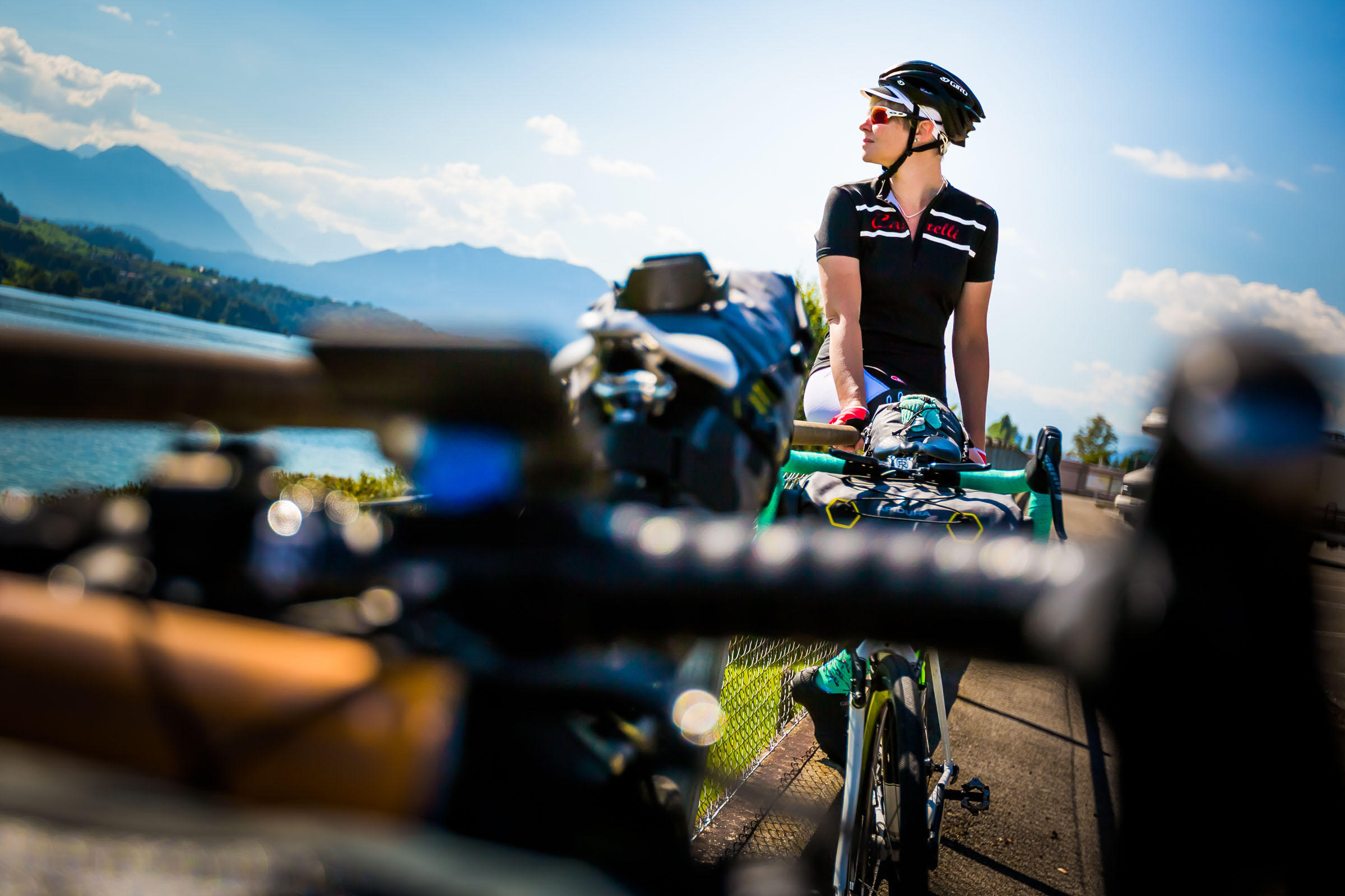Ride HiFi, Castelli, Apidura lifestyle.Switzerland