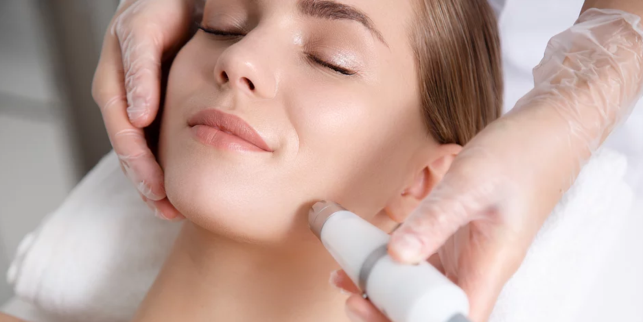 Therma-Lift - Therma Lift is an aesthetic technique that uses radio frequency energy to to heat tissue and stimulate subdermal collagen production in order to reduce the appearance of fine lines and loose skin. This technique induces tissue remodeling and production of new collagen and elastin on the face or body.
