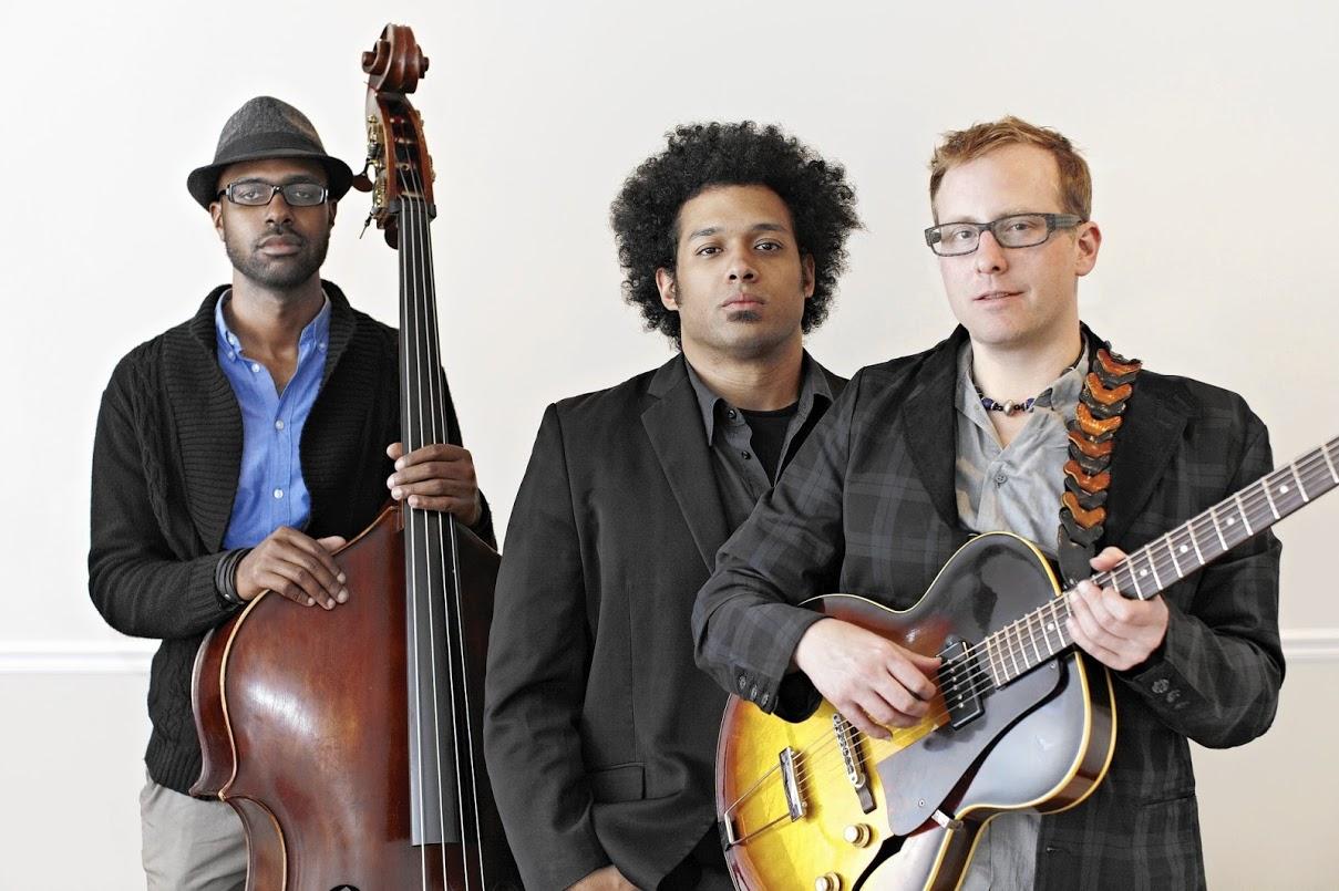 Trio Mokili.