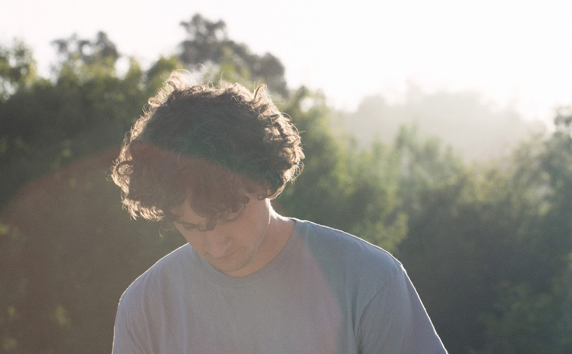 Sam Amidon. Photo by Piper Ferguson.