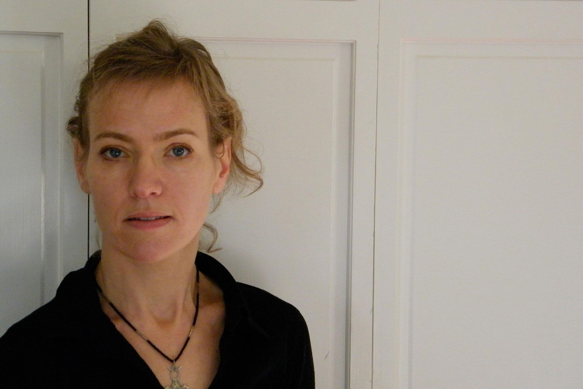 Julie Carr.